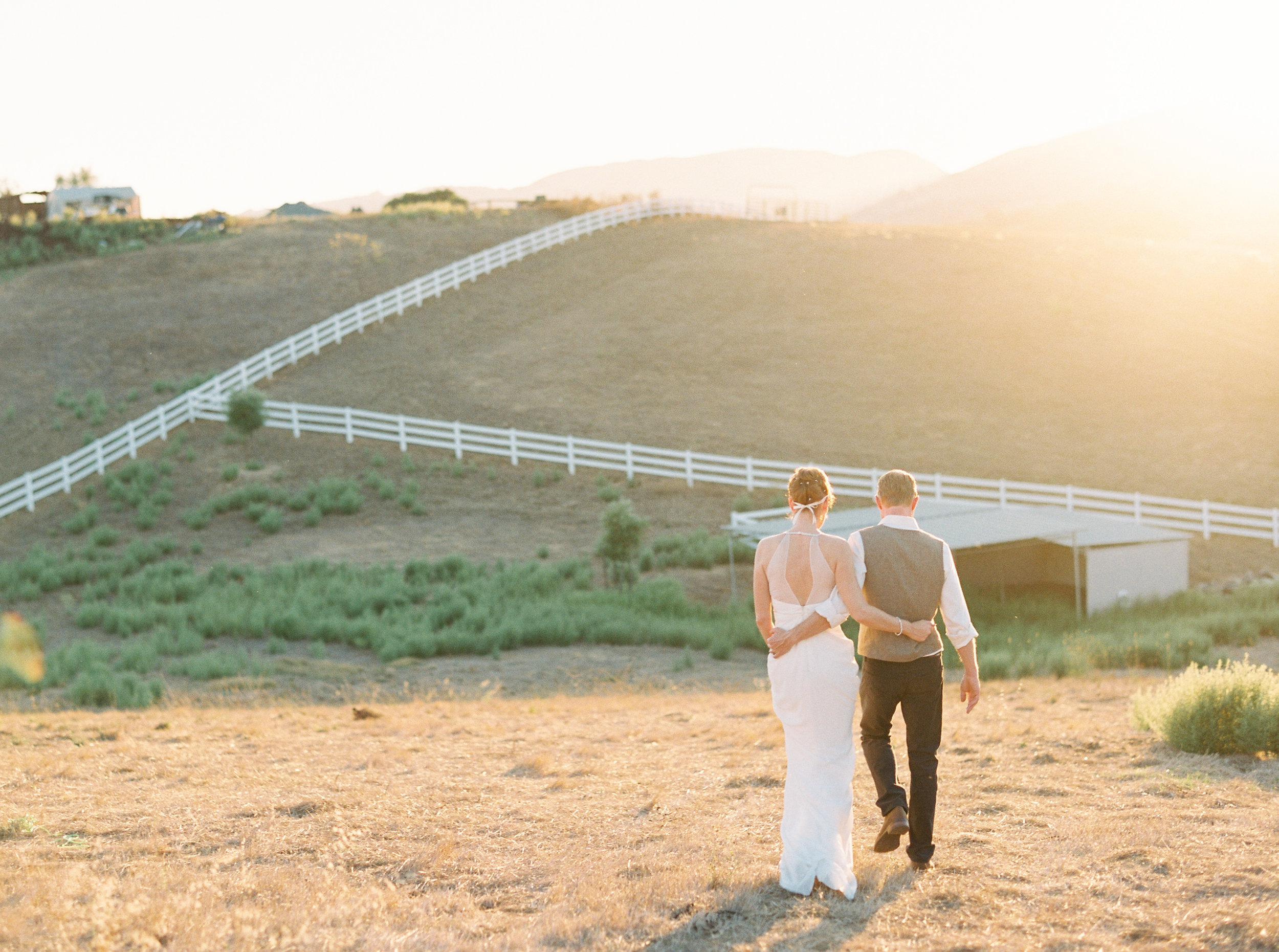 fall-inspired-wedding-sunol-california-08-9.jpg