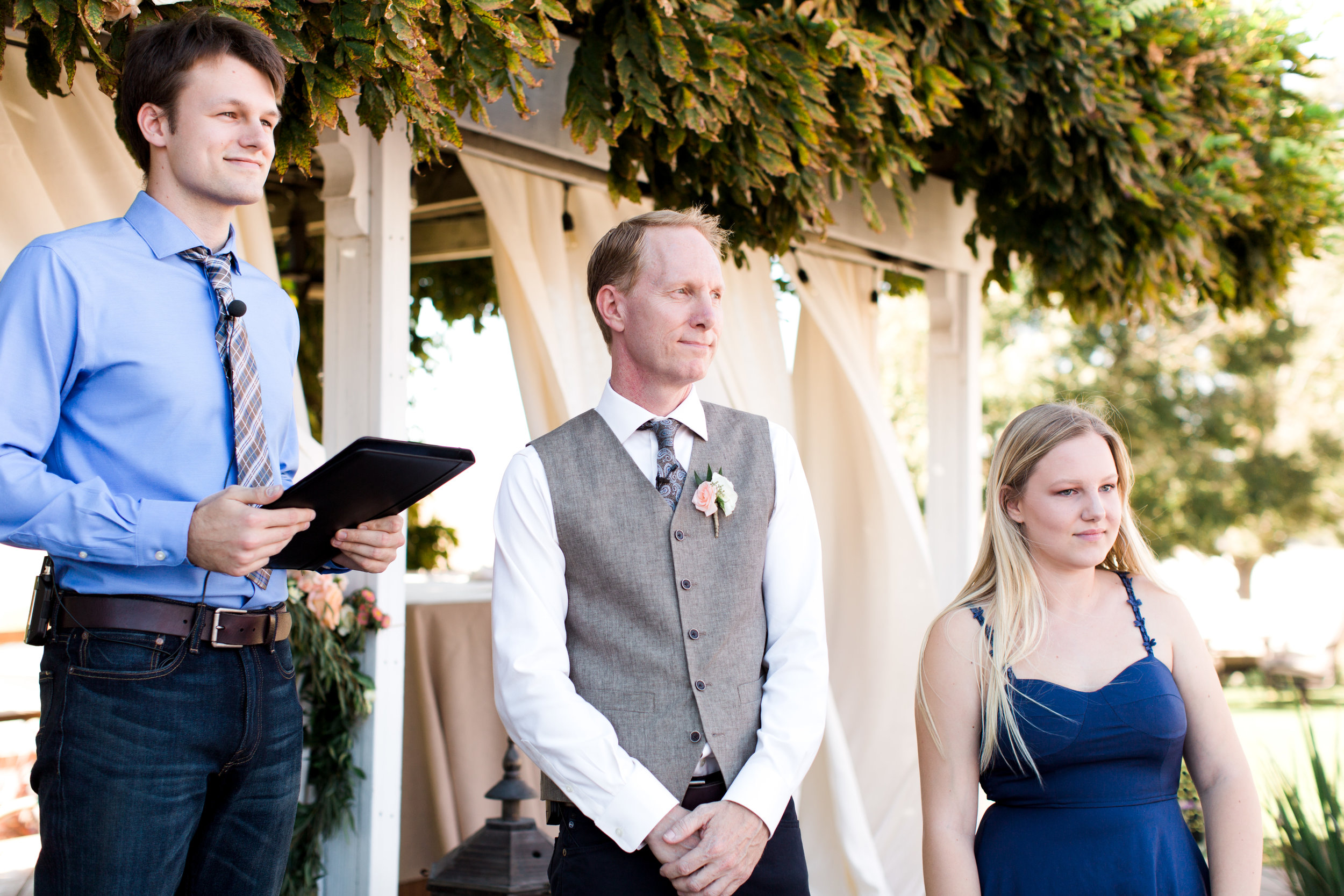 intimate-backyard-wedding-sonoma-california-11.jpg