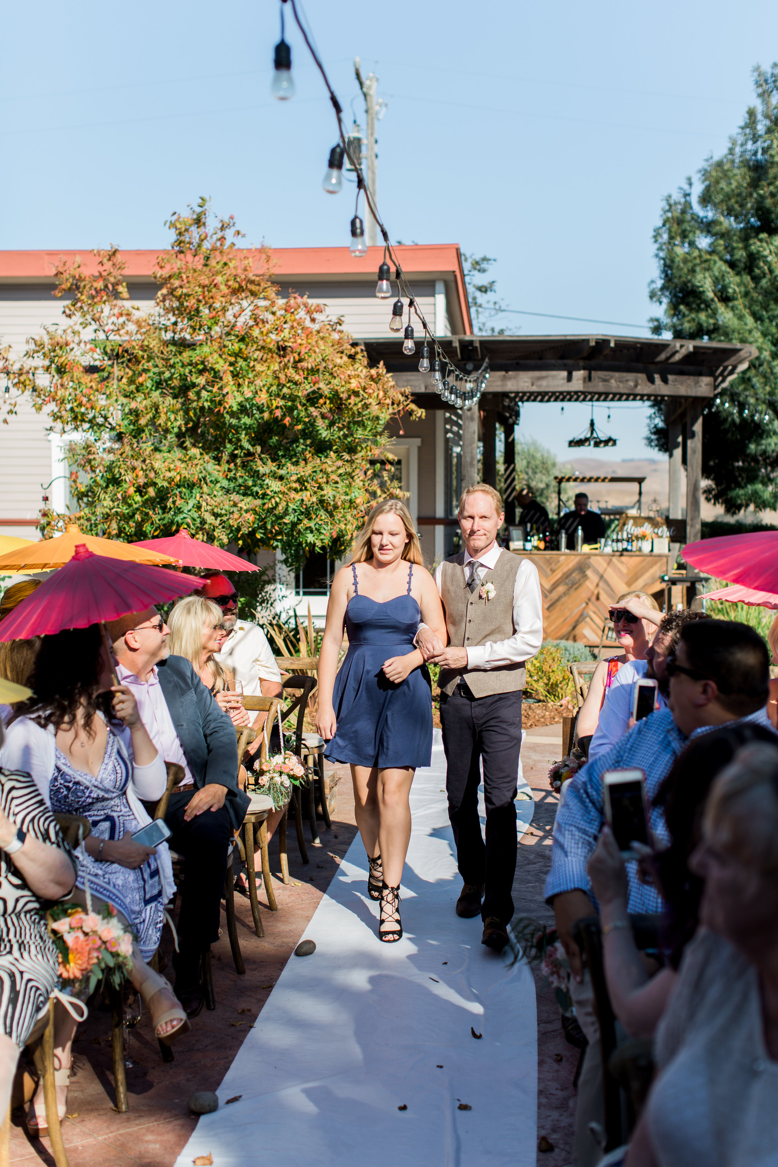 intimate-backyard-wedding-sonoma-california-10.jpg