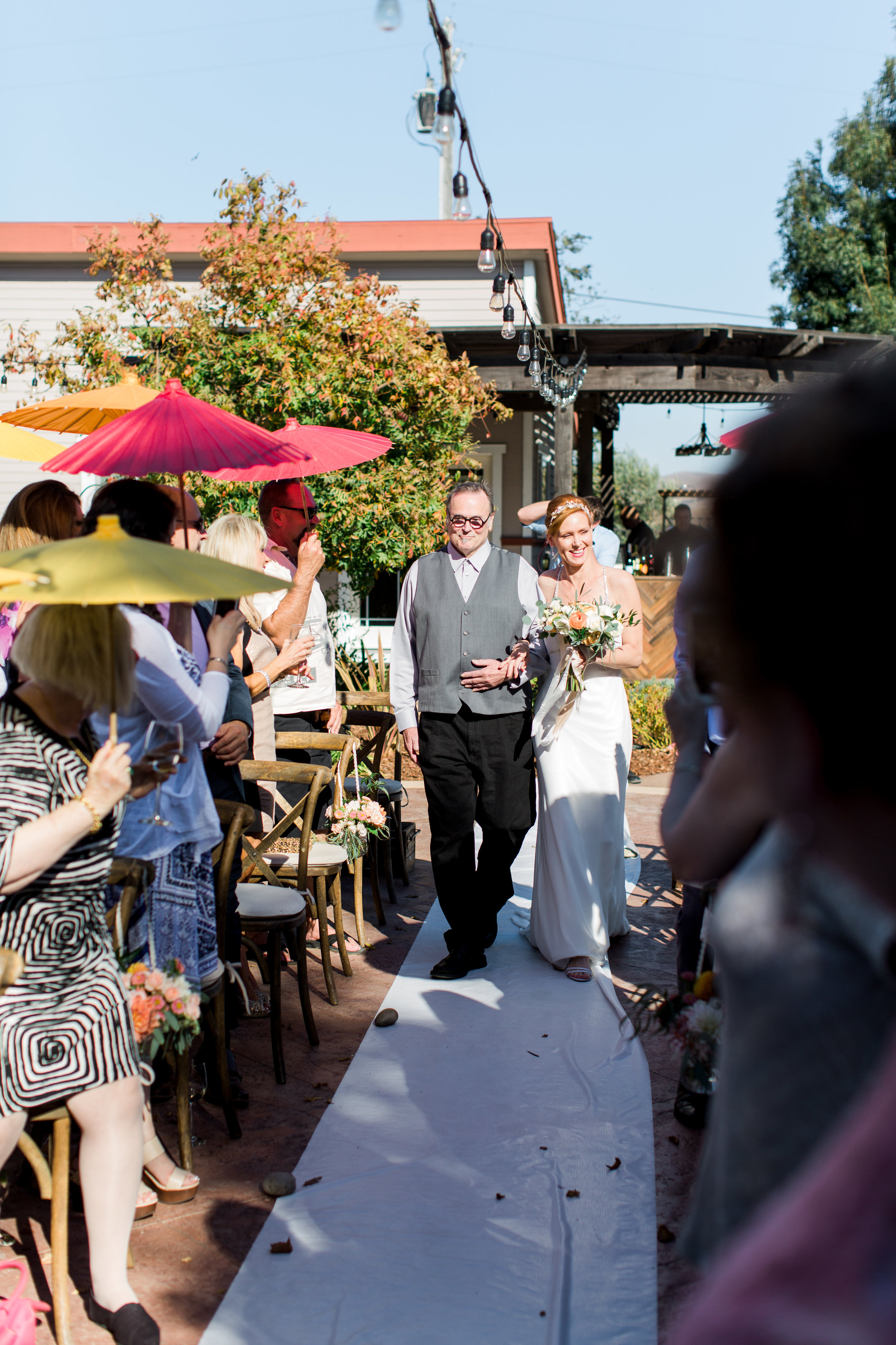 intimate-backyard-wedding-sonoma-california-12.jpg