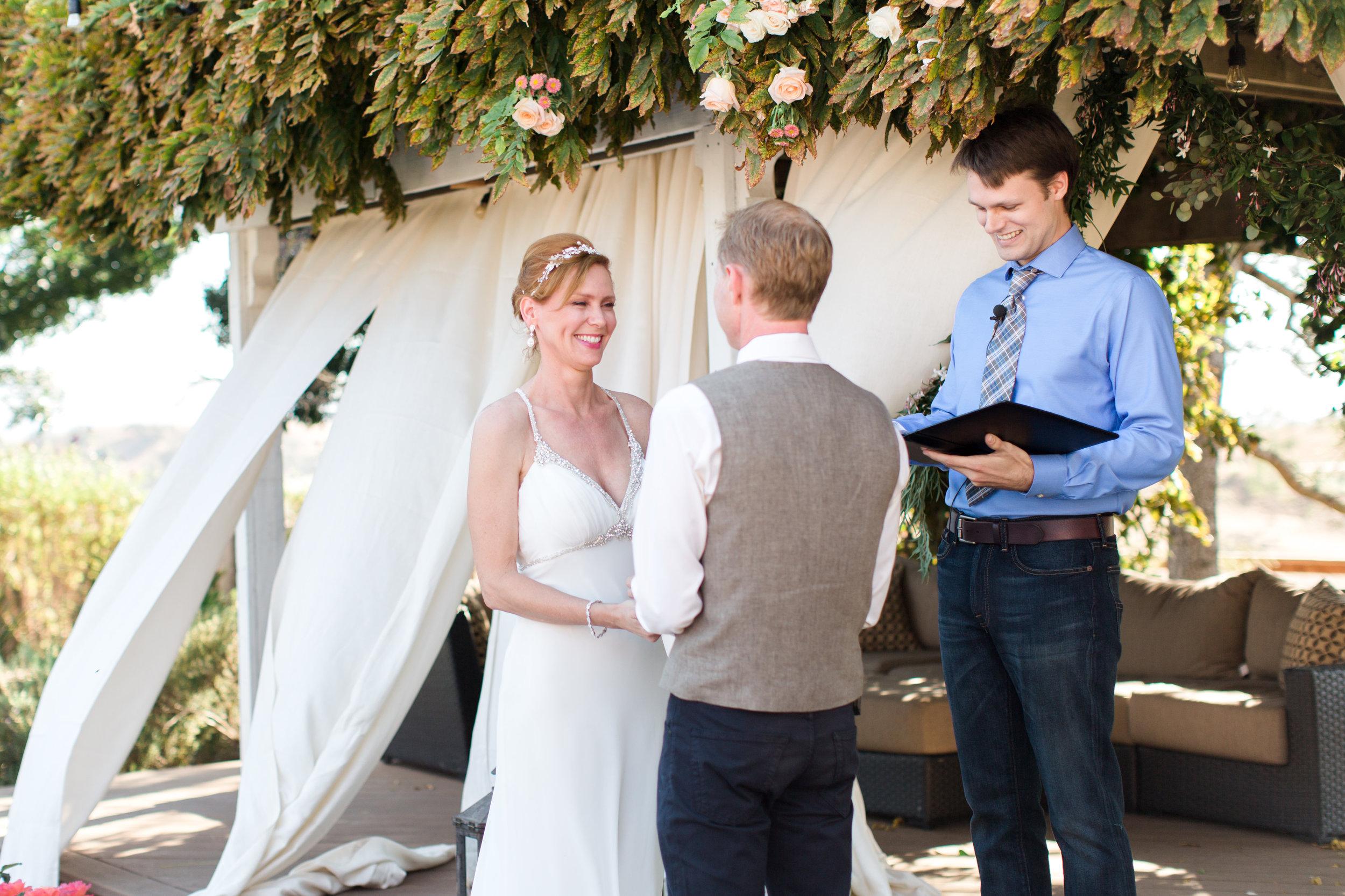 intimate-backyard-wedding-sonoma-california-18.jpg