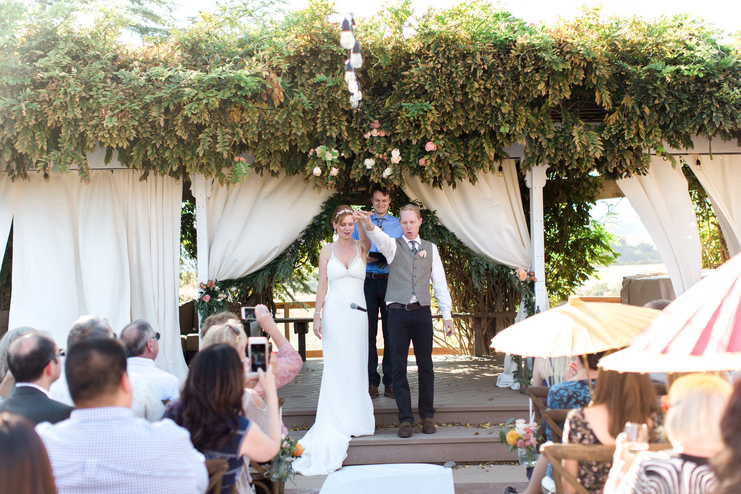 intimate-backyard-wedding-sonoma-california-19.jpg