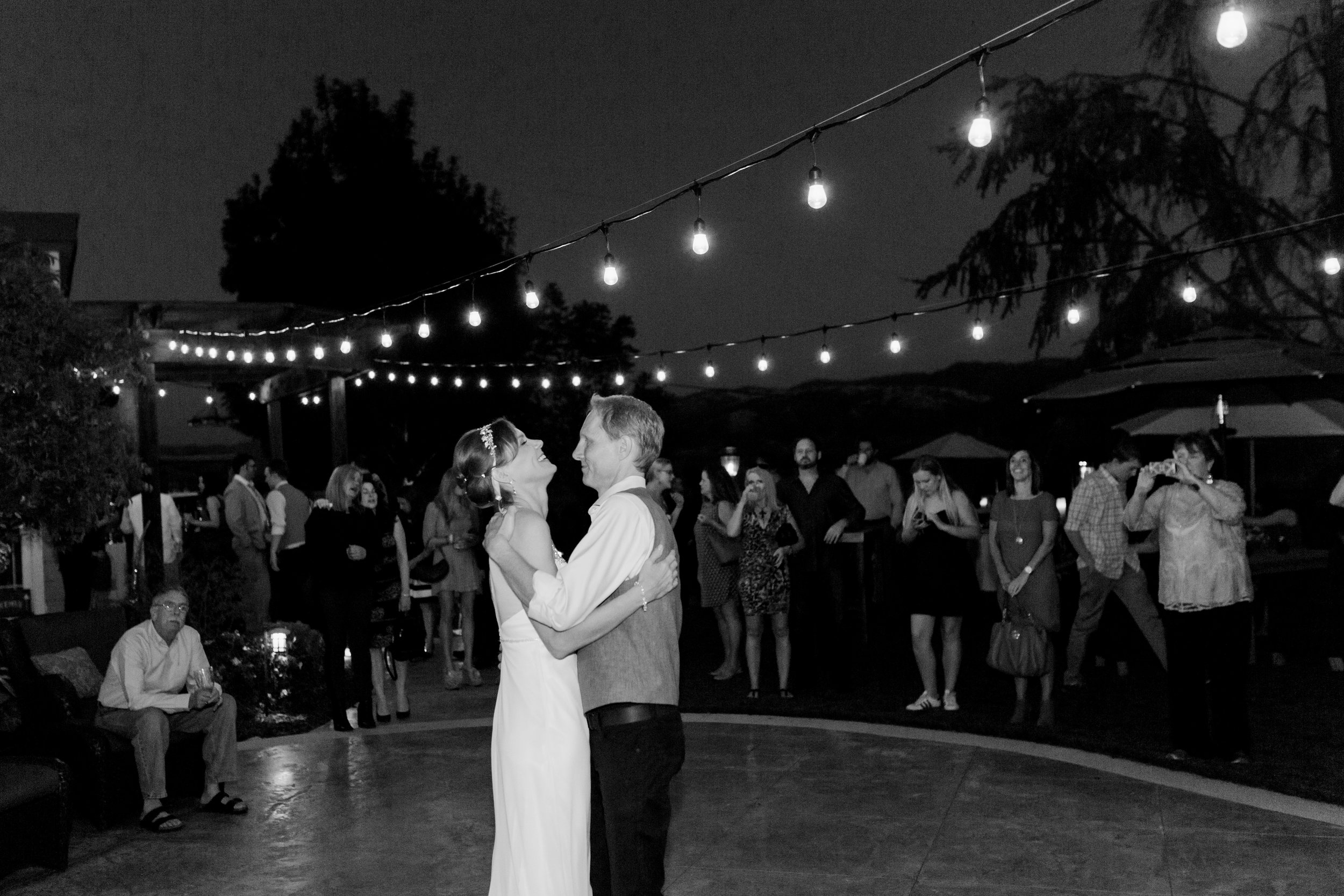 intimate-backyard-wedding-sonoma-california-36.jpg