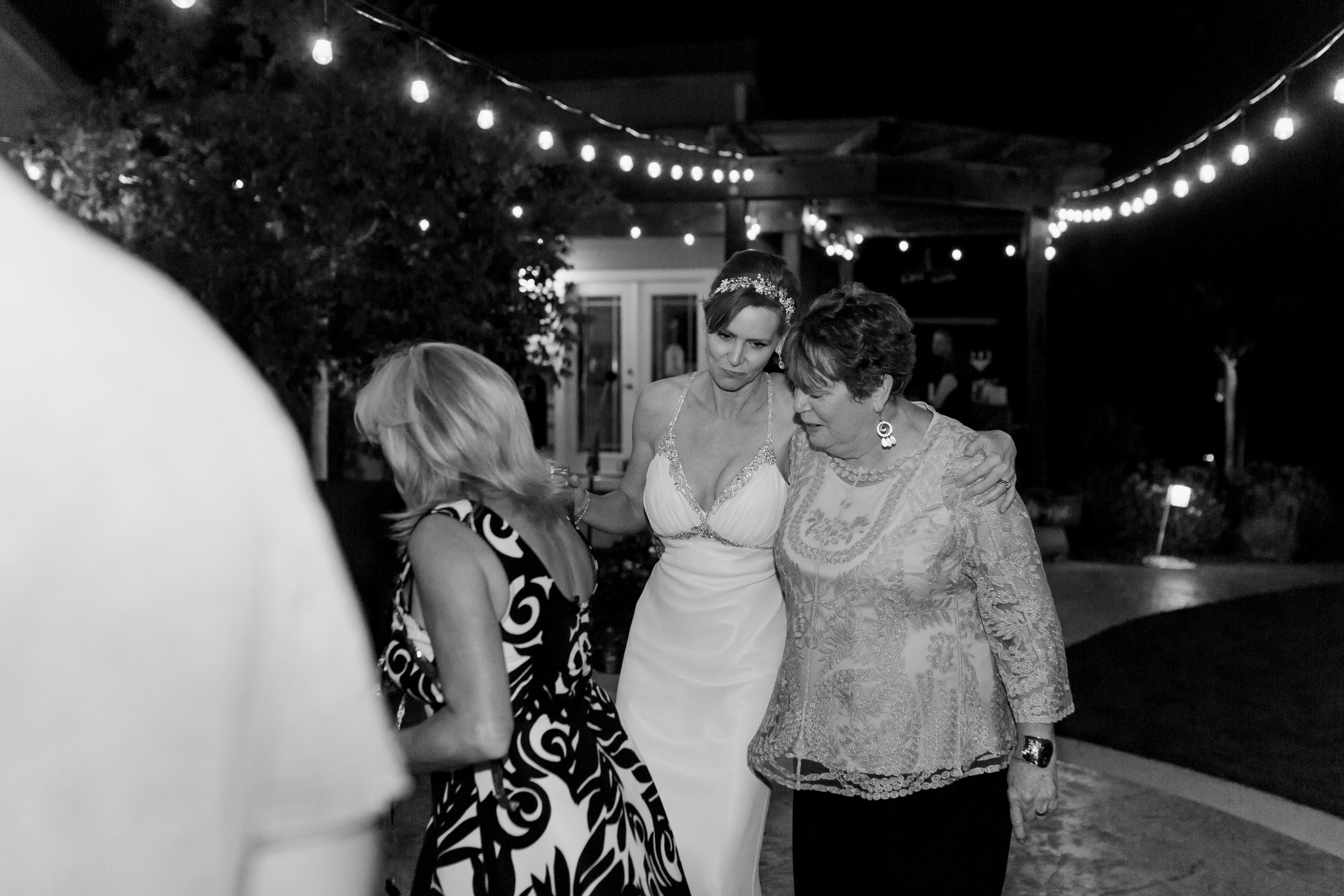 intimate-backyard-wedding-sonoma-california-42.jpg