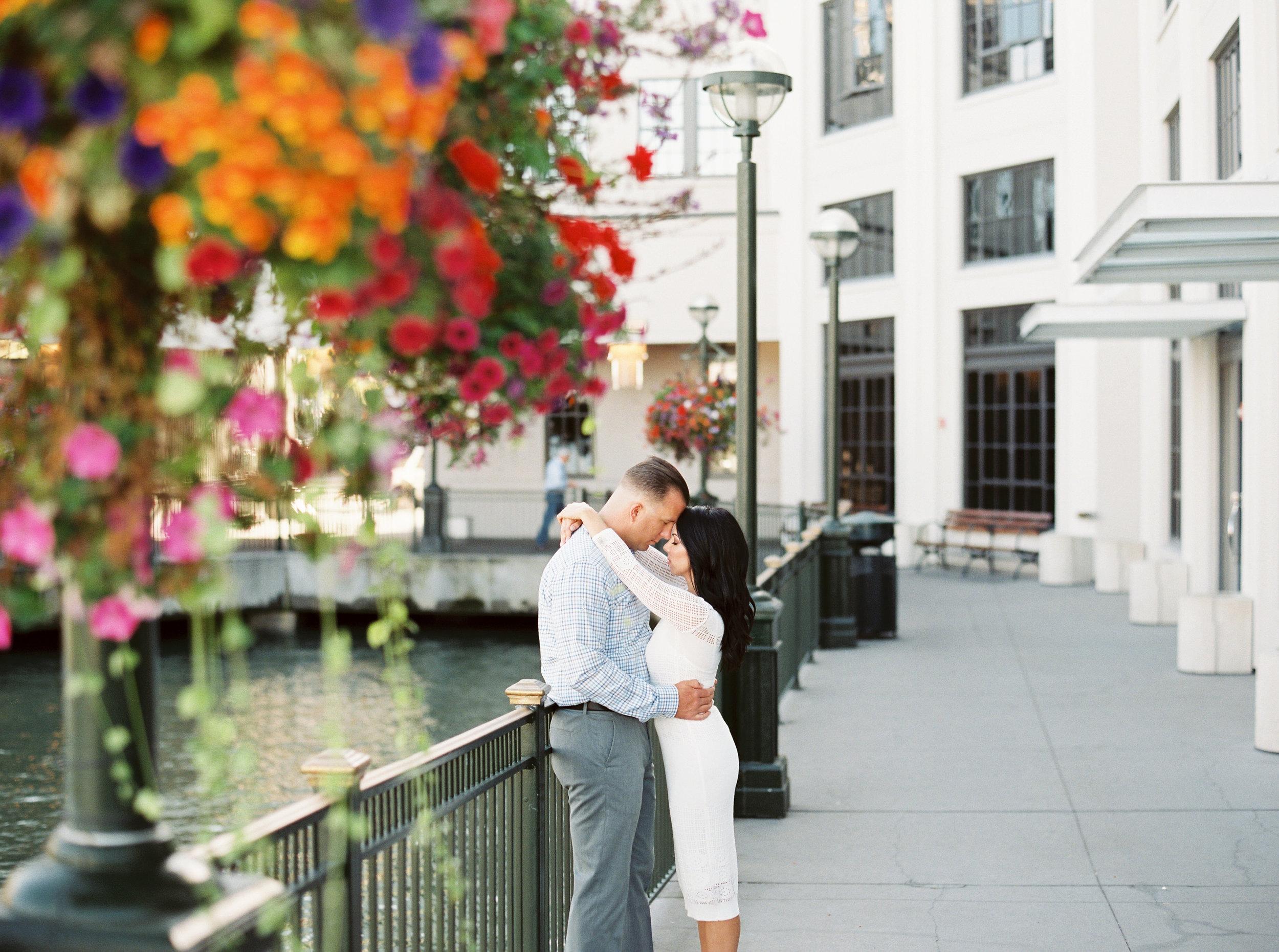 Suto-baths-engagement-photography-50.jpg