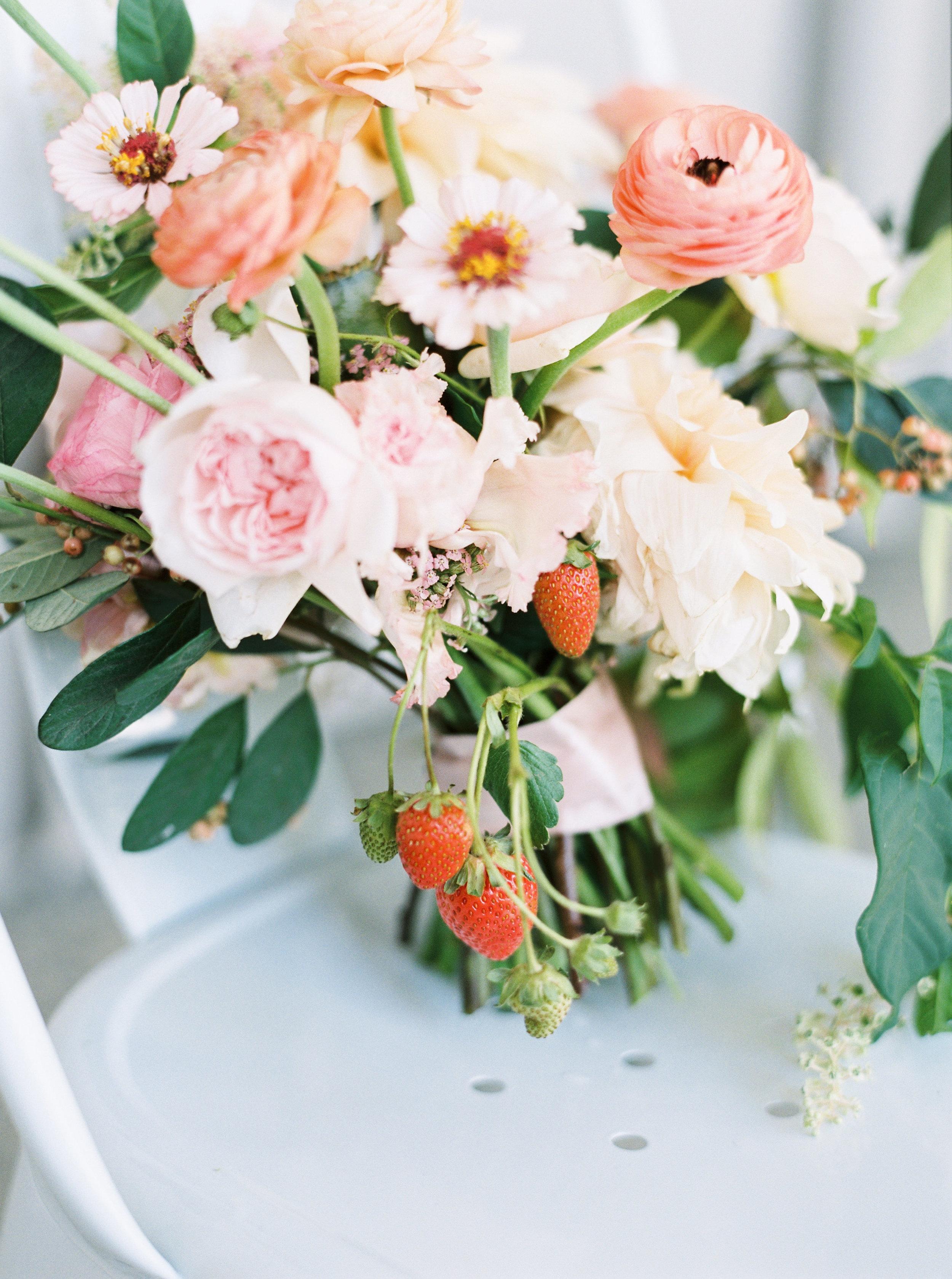 romantic-aracely-cafe-wedding-treasure-island-143.jpg