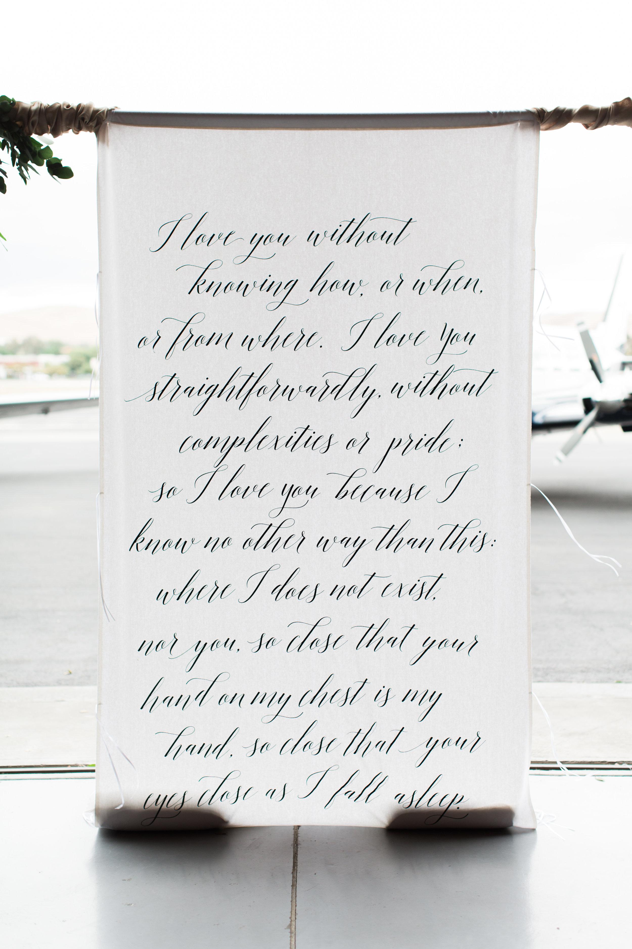 airport-hanger-wedding-at-attitude-aviation-in-livermore-23.jpg