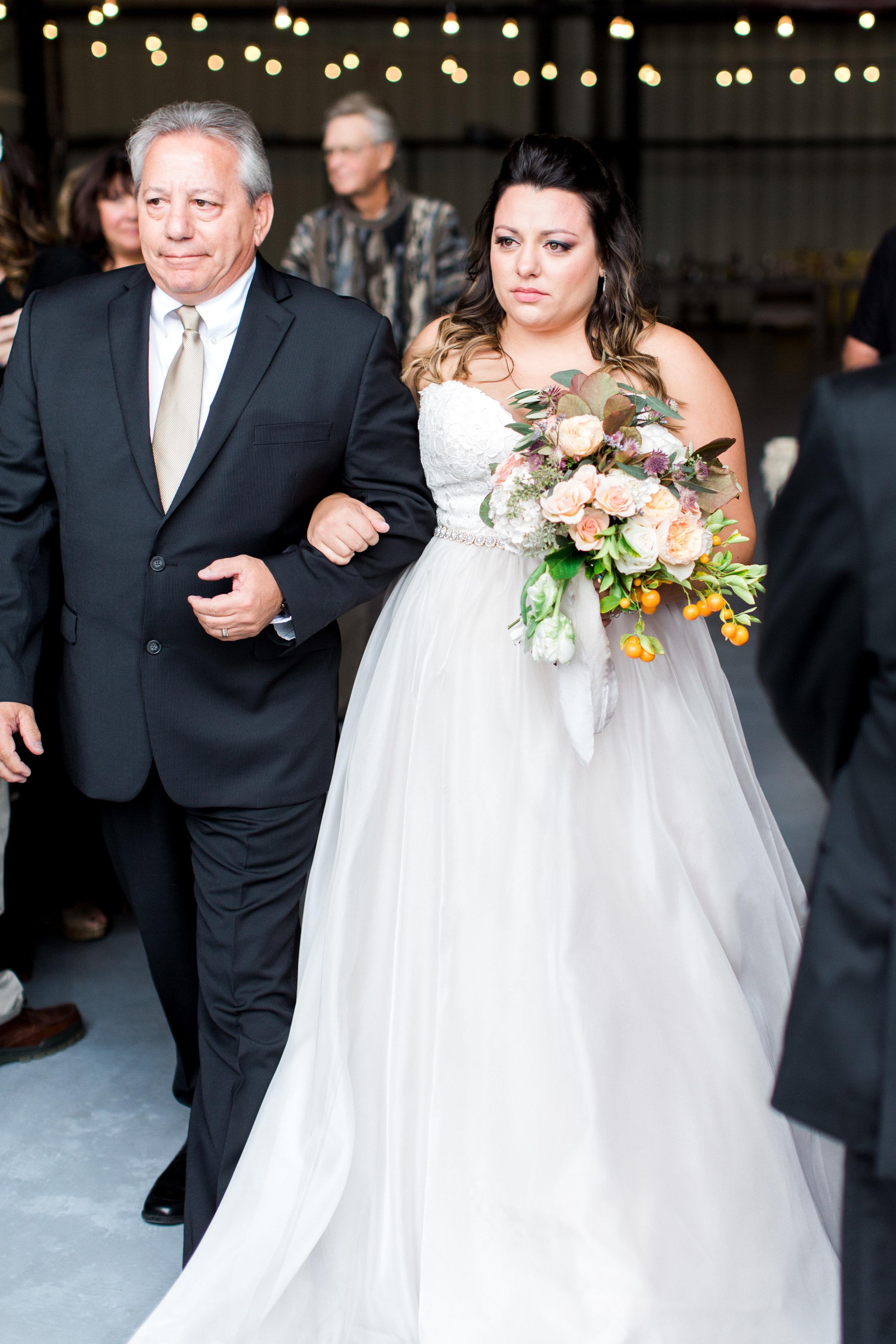 airport-hanger-wedding-at-attitude-aviation-in-livermore-49.jpg