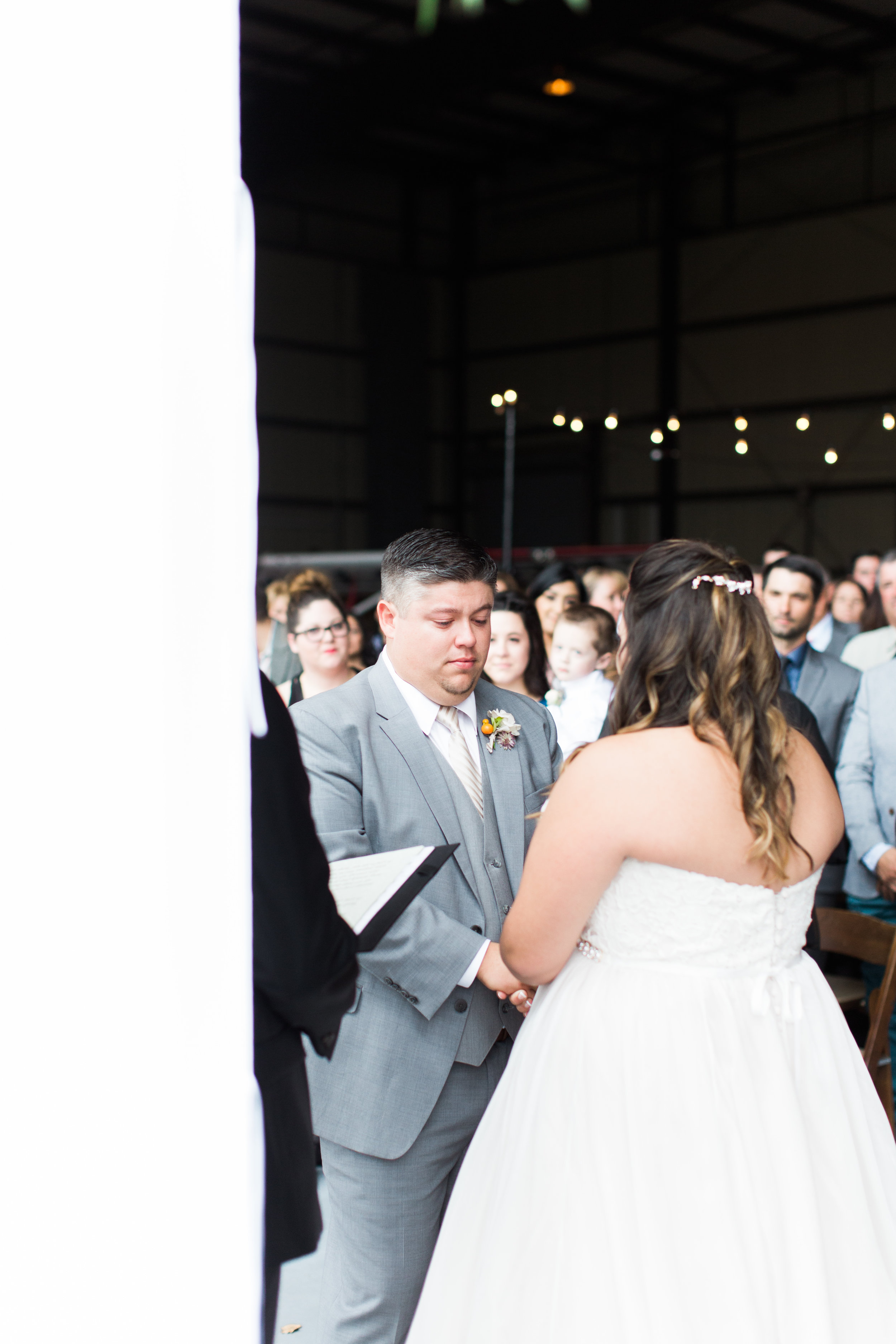 airport-hanger-wedding-at-attitude-aviation-in-livermore-54.jpg
