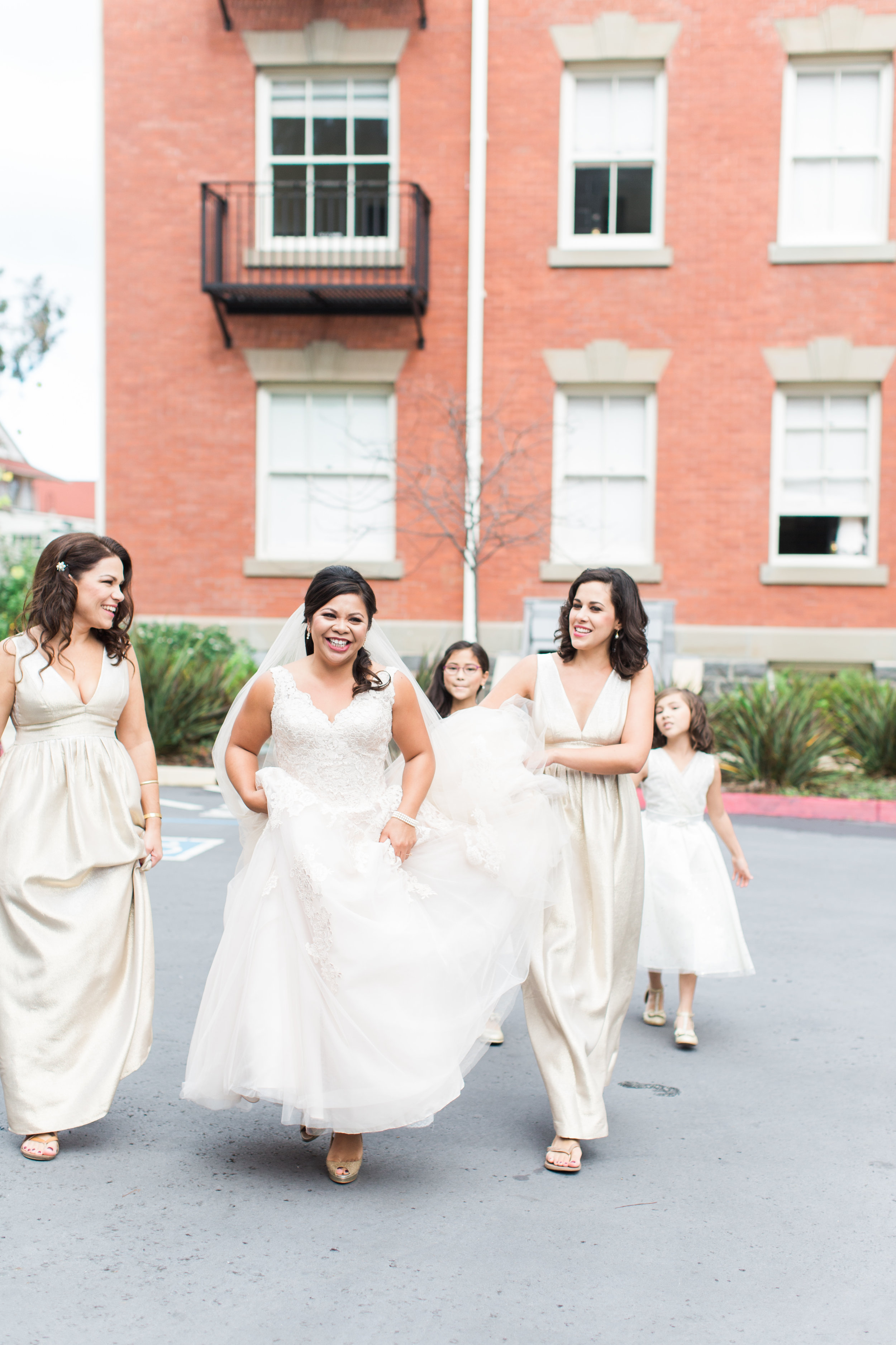 style-inspired-wedding-at-firehouse-8-in-san-francisco-21.jpg