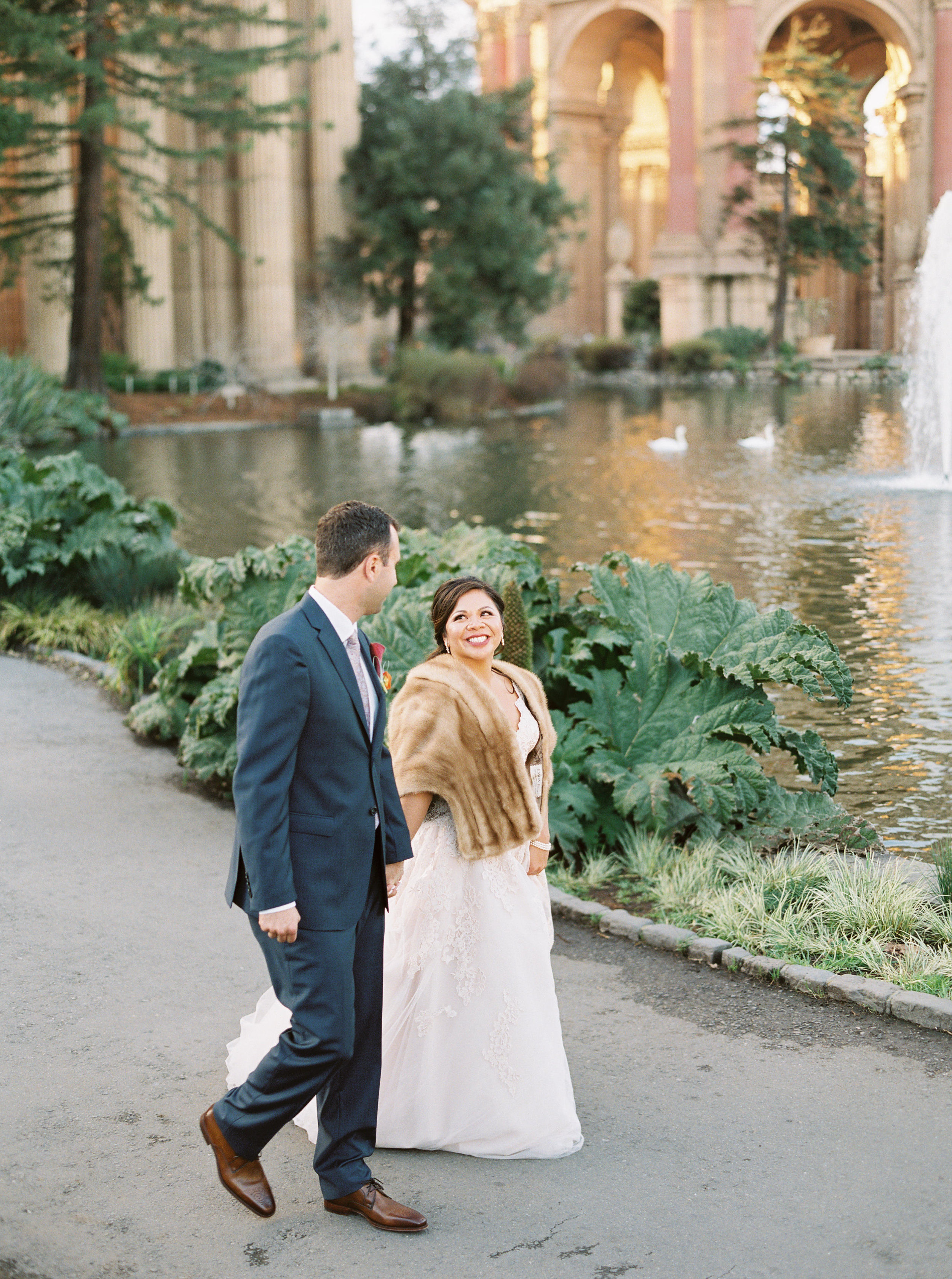 style-inspired-wedding-at-firehouse-8-in-san-francisco-160.jpg