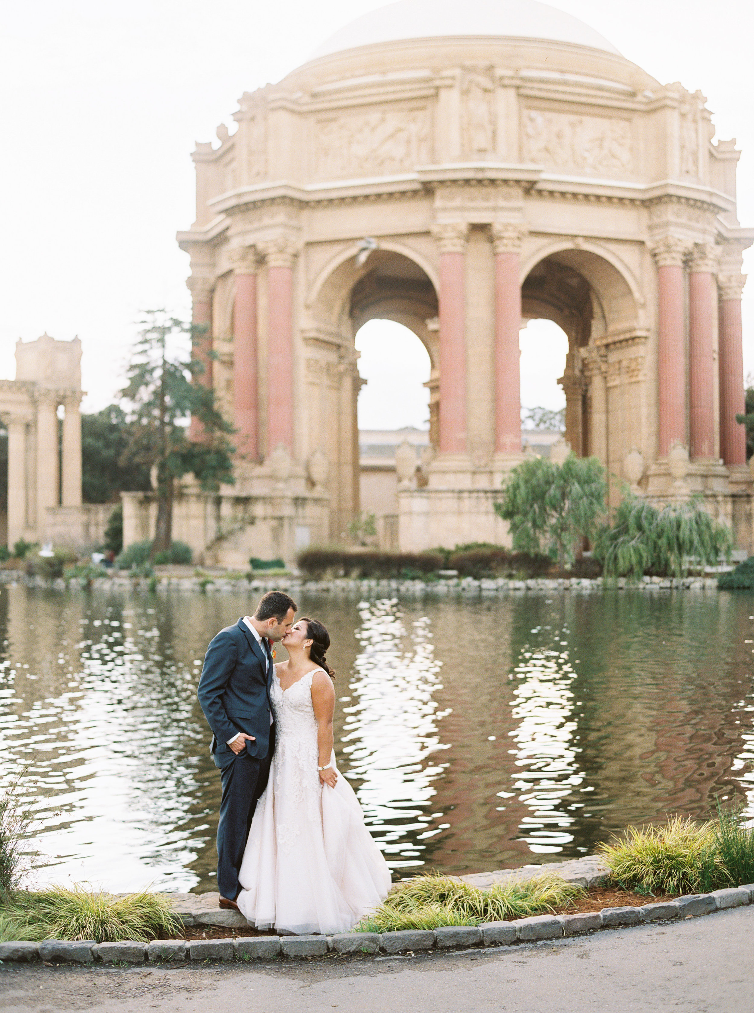 style-inspired-wedding-at-firehouse-8-in-san-francisco-144.jpg