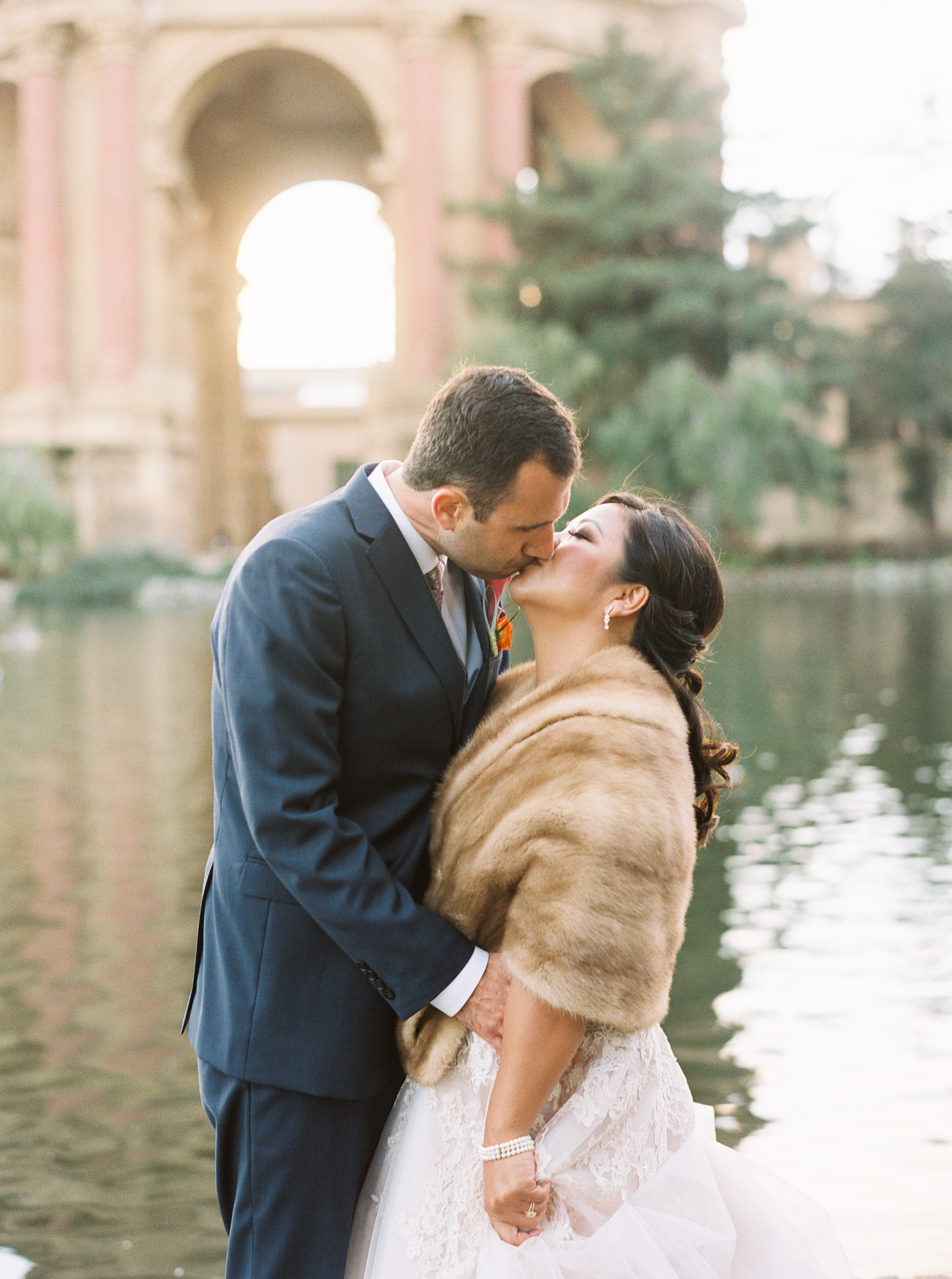 style-inspired-wedding-at-firehouse-8-in-san-francisco-149.jpg