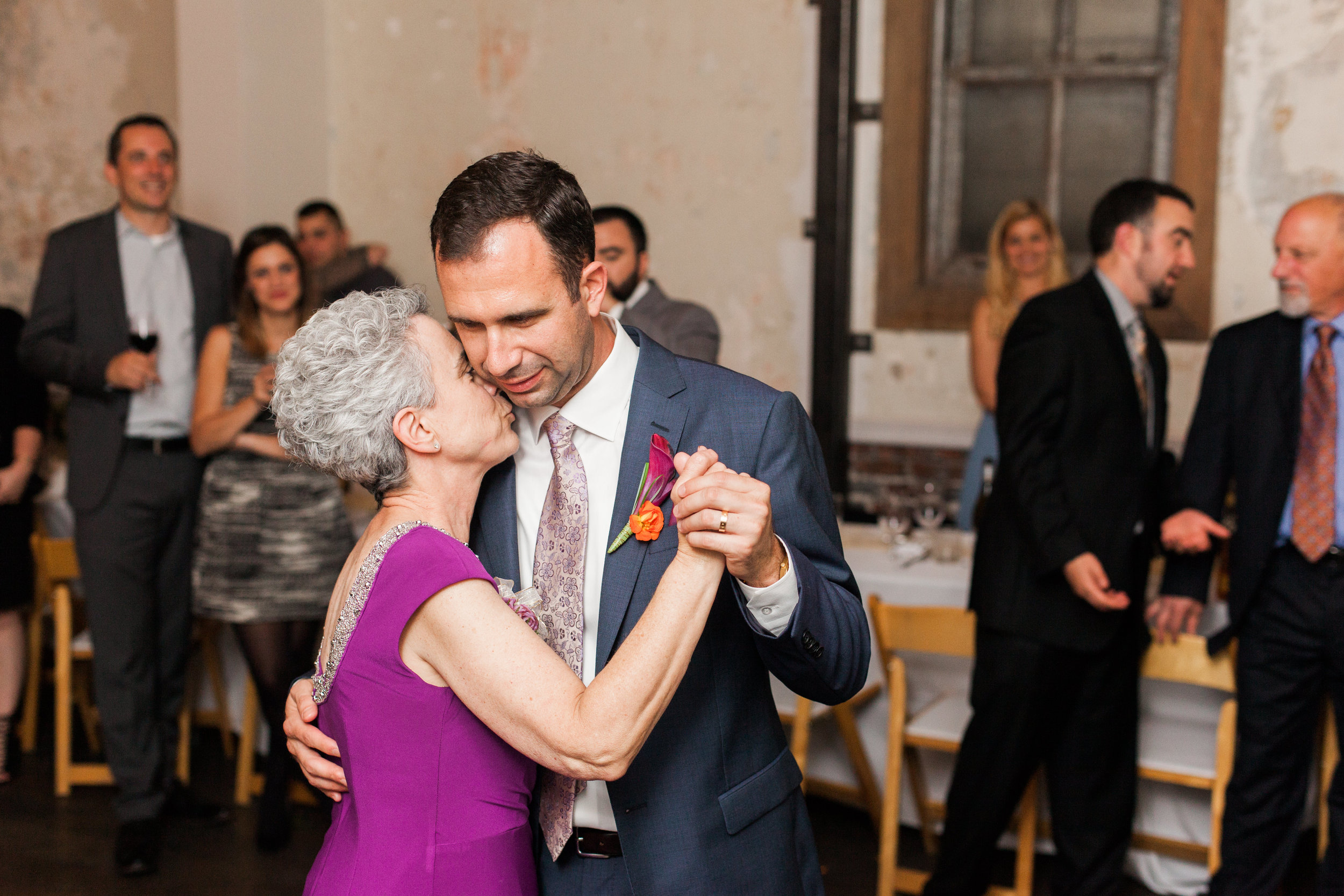 style-inspired-wedding-at-firehouse-8-in-san-francisco-90.jpg