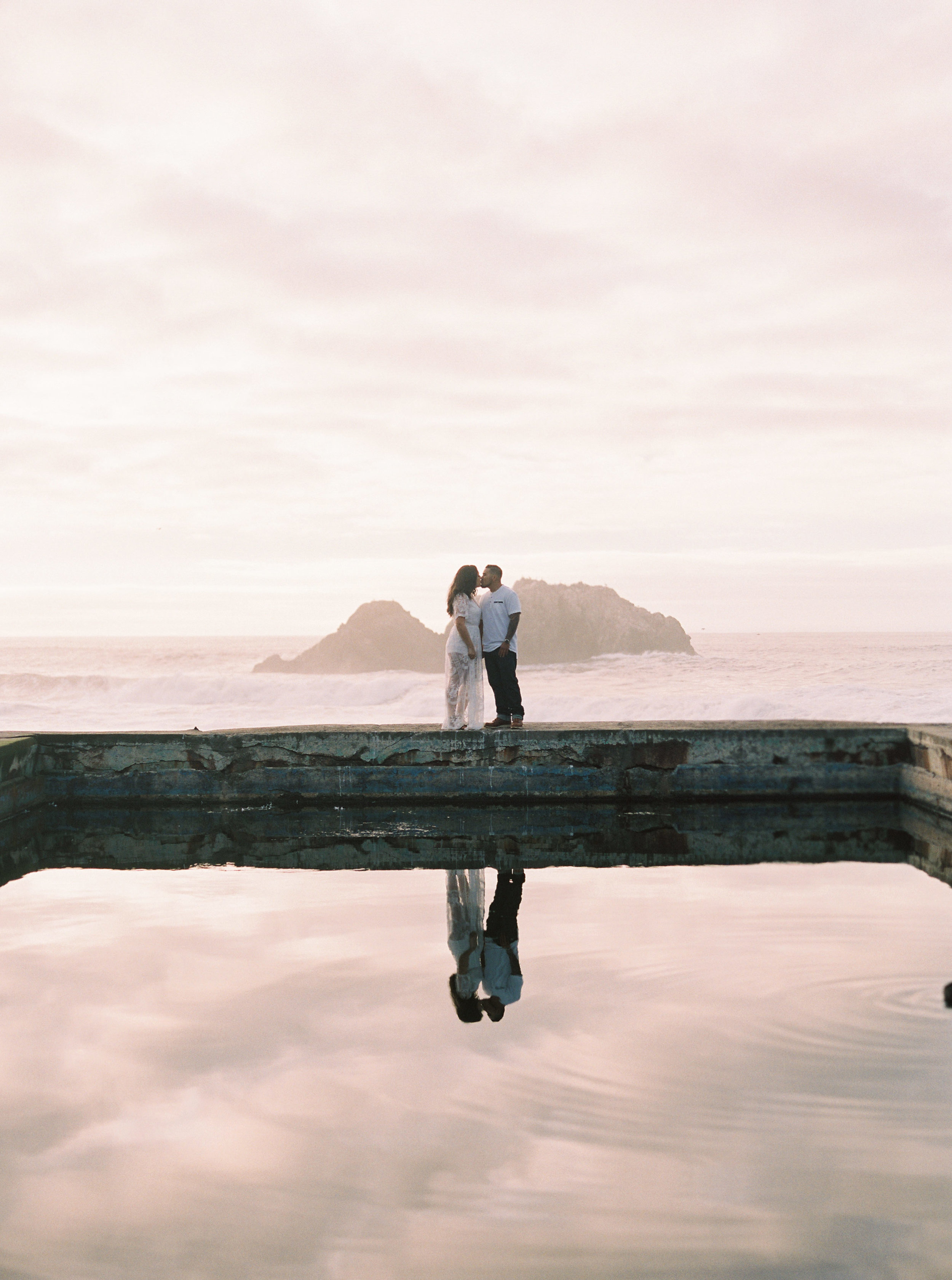 Sutro-baths-san-francisco-engagement-23.jpg
