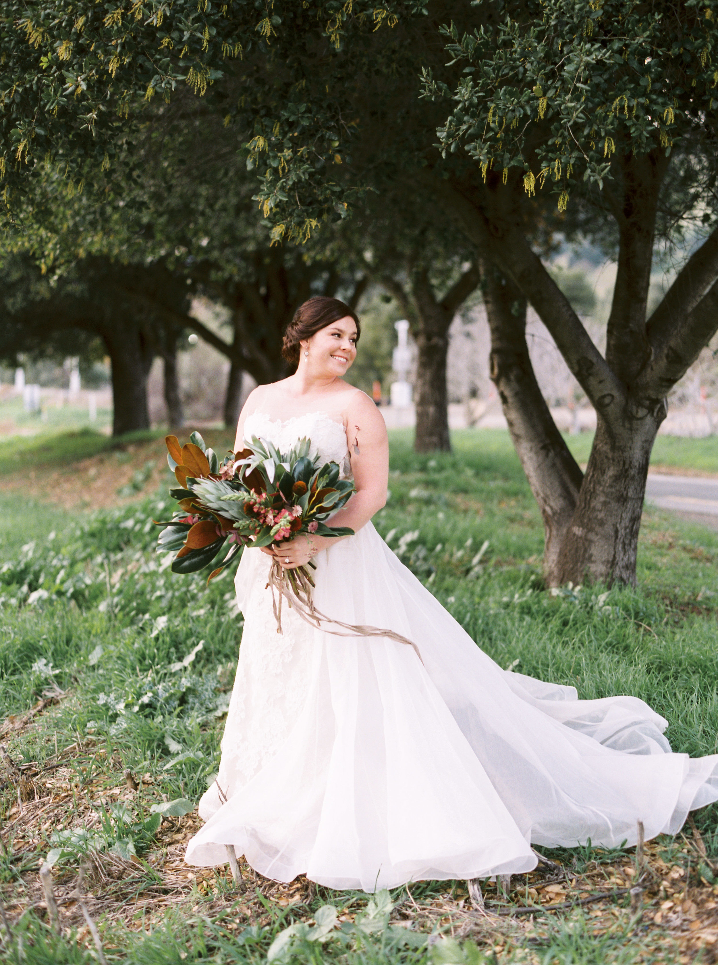 boho-inspired-wedding-at-casa-bella-in-sunol-california-55.jpg