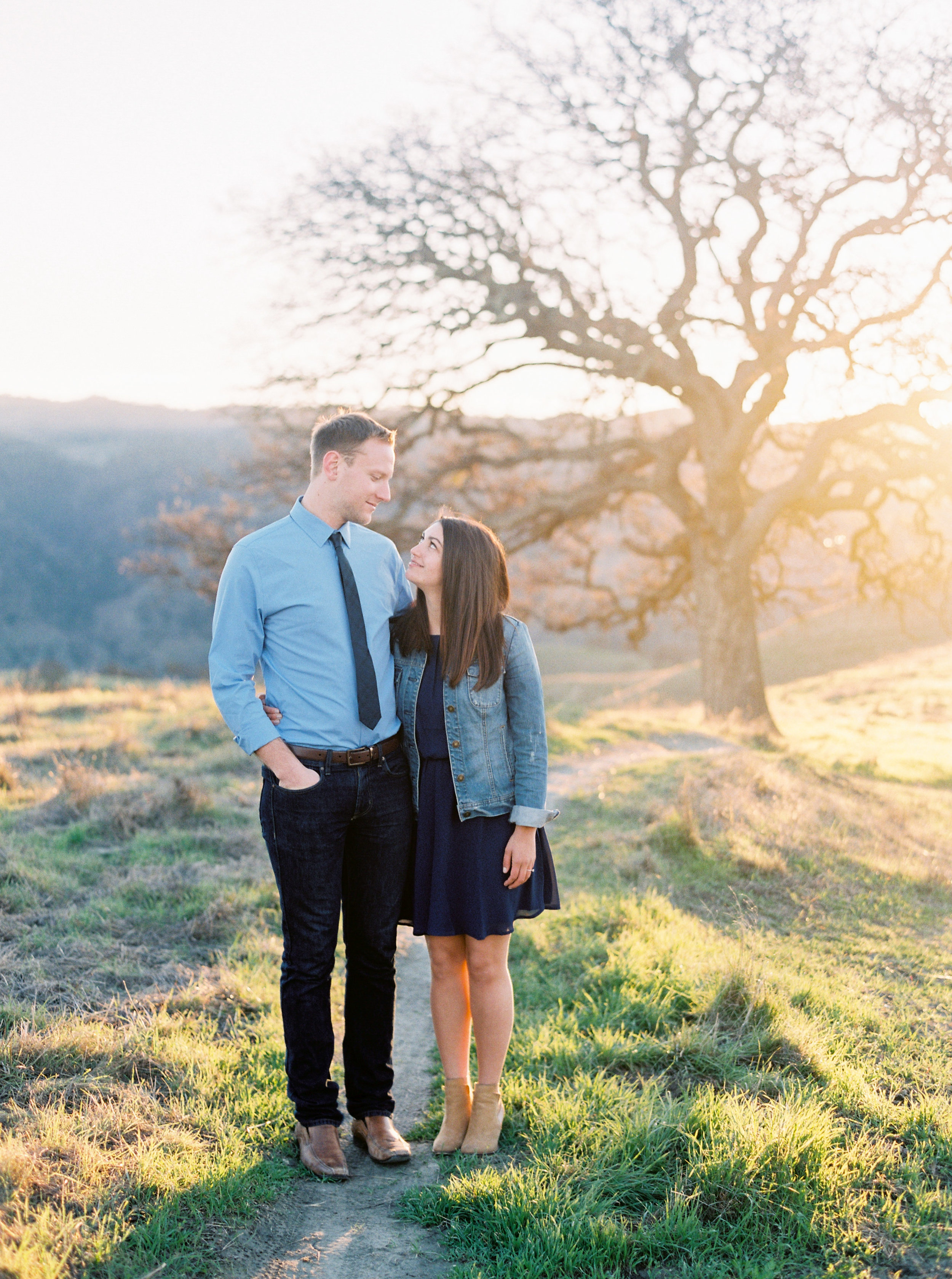 livermore-engagement-photography-at-del-valle-57.jpg