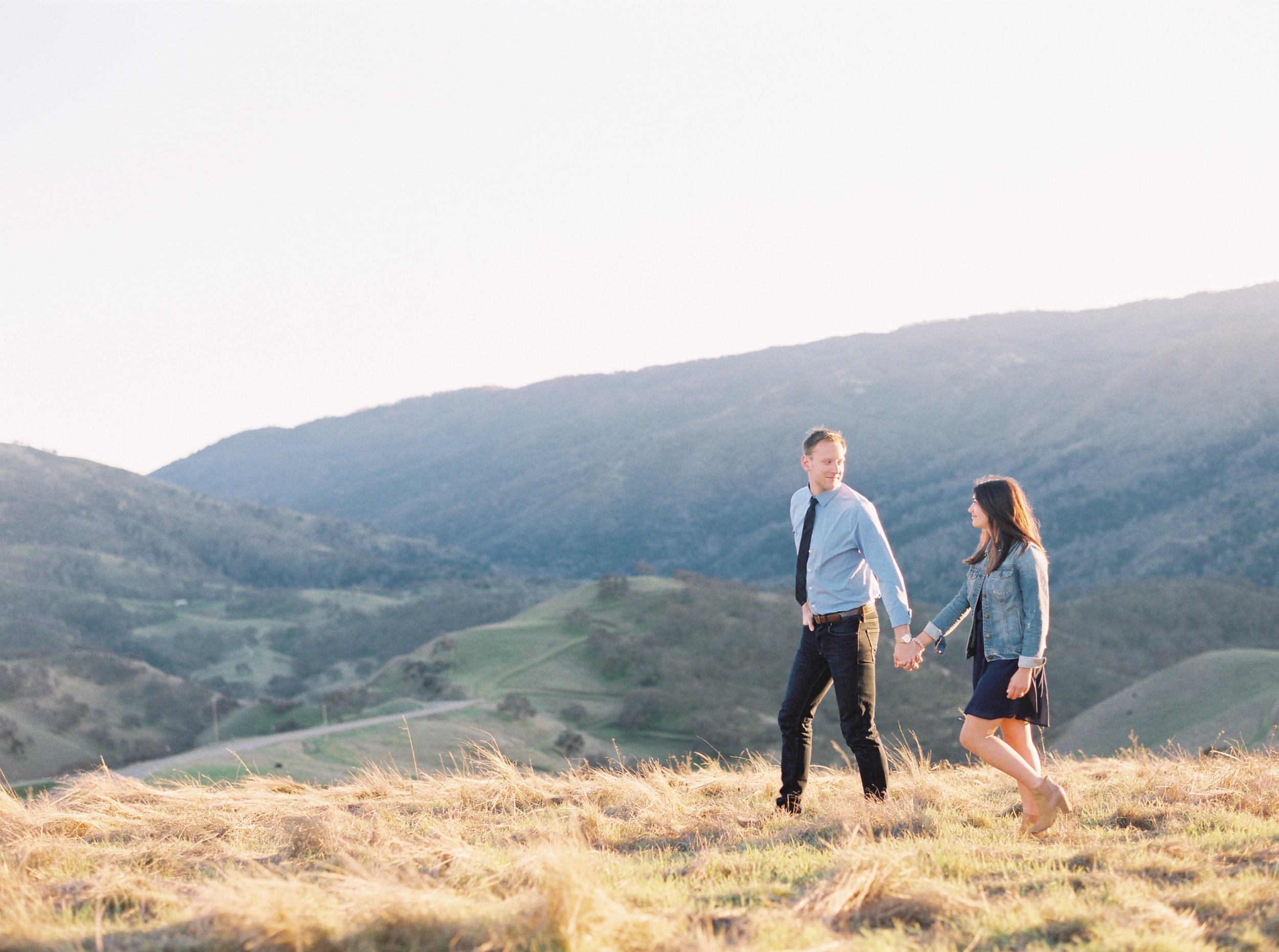 livermore-engagement-photography-at-del-valle-51.jpg