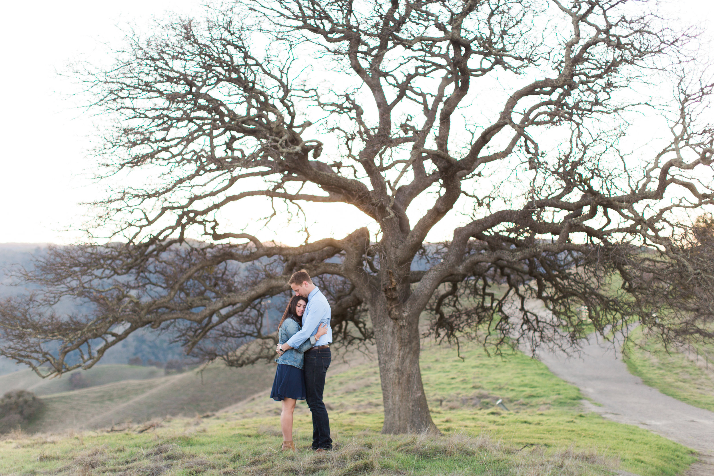 livermore-engagement-photography-at-del-valle-13.jpg