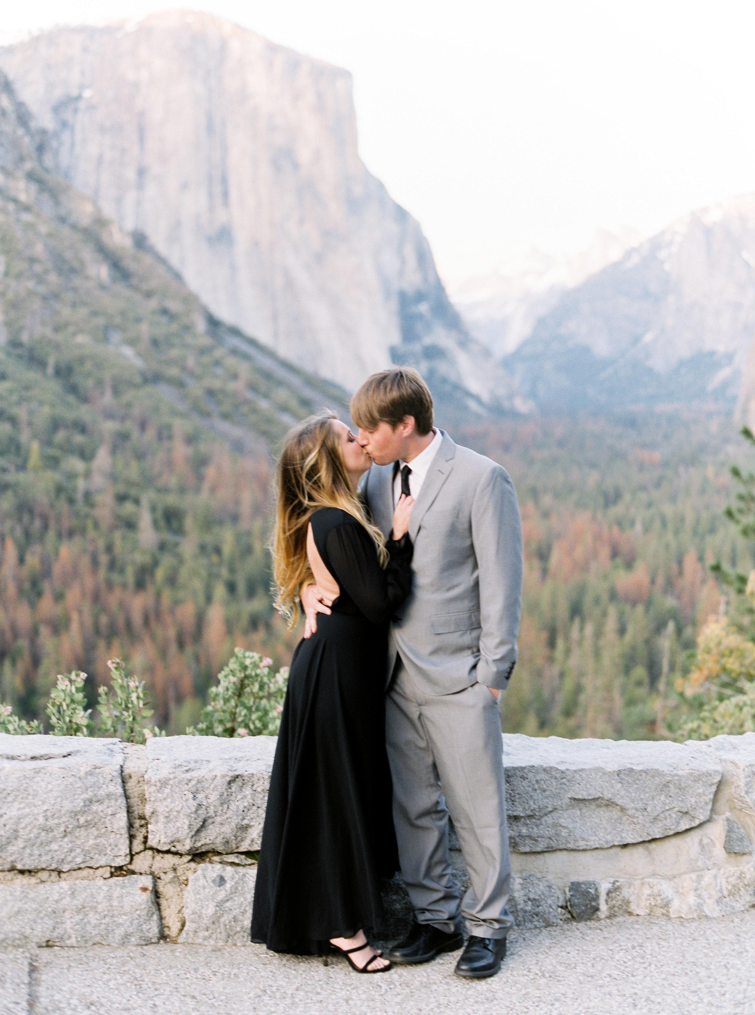 Yosemite-california-wedding-photographer.jpg