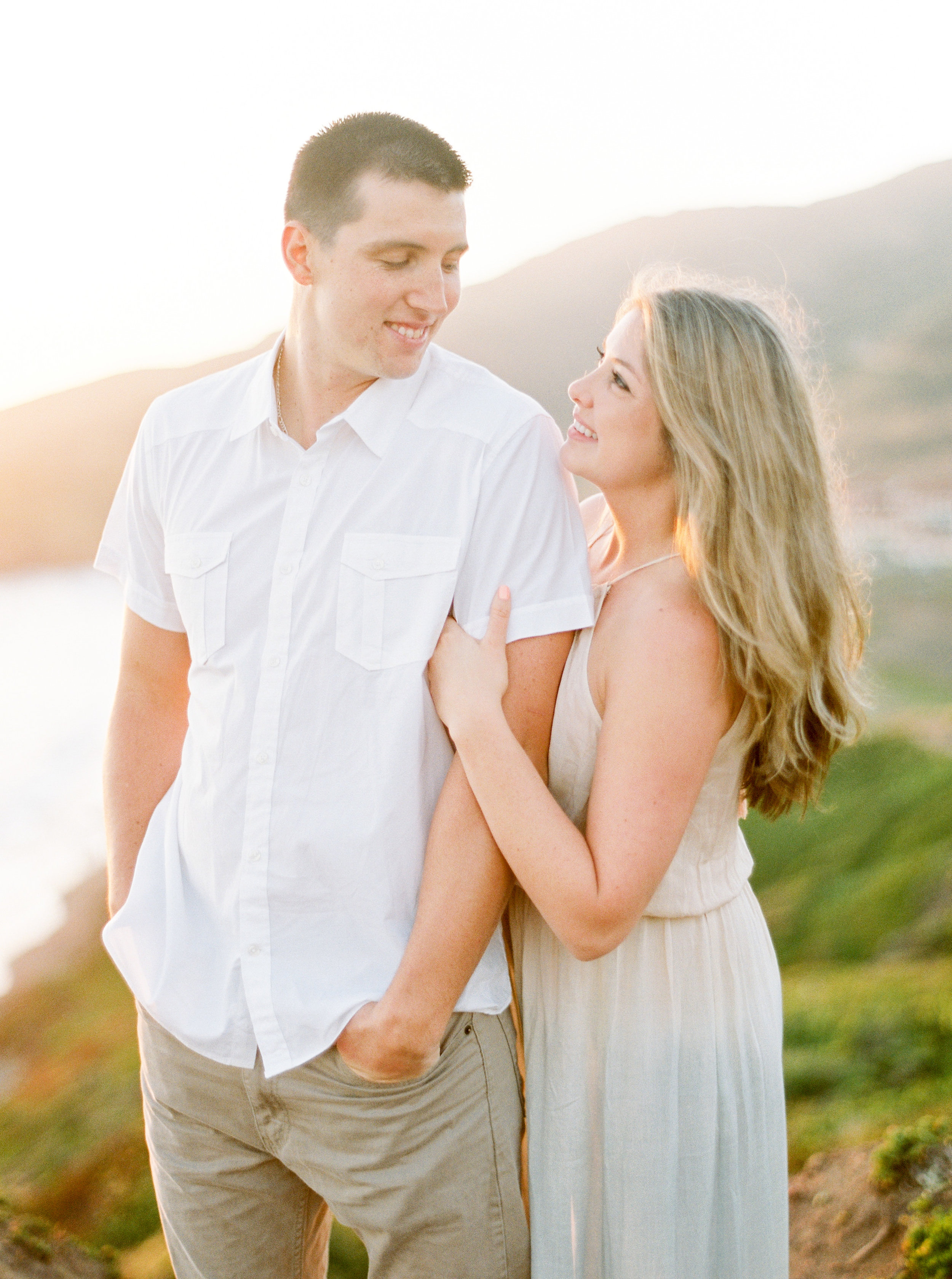 marin-headlands-california-engagement-photography.jpg