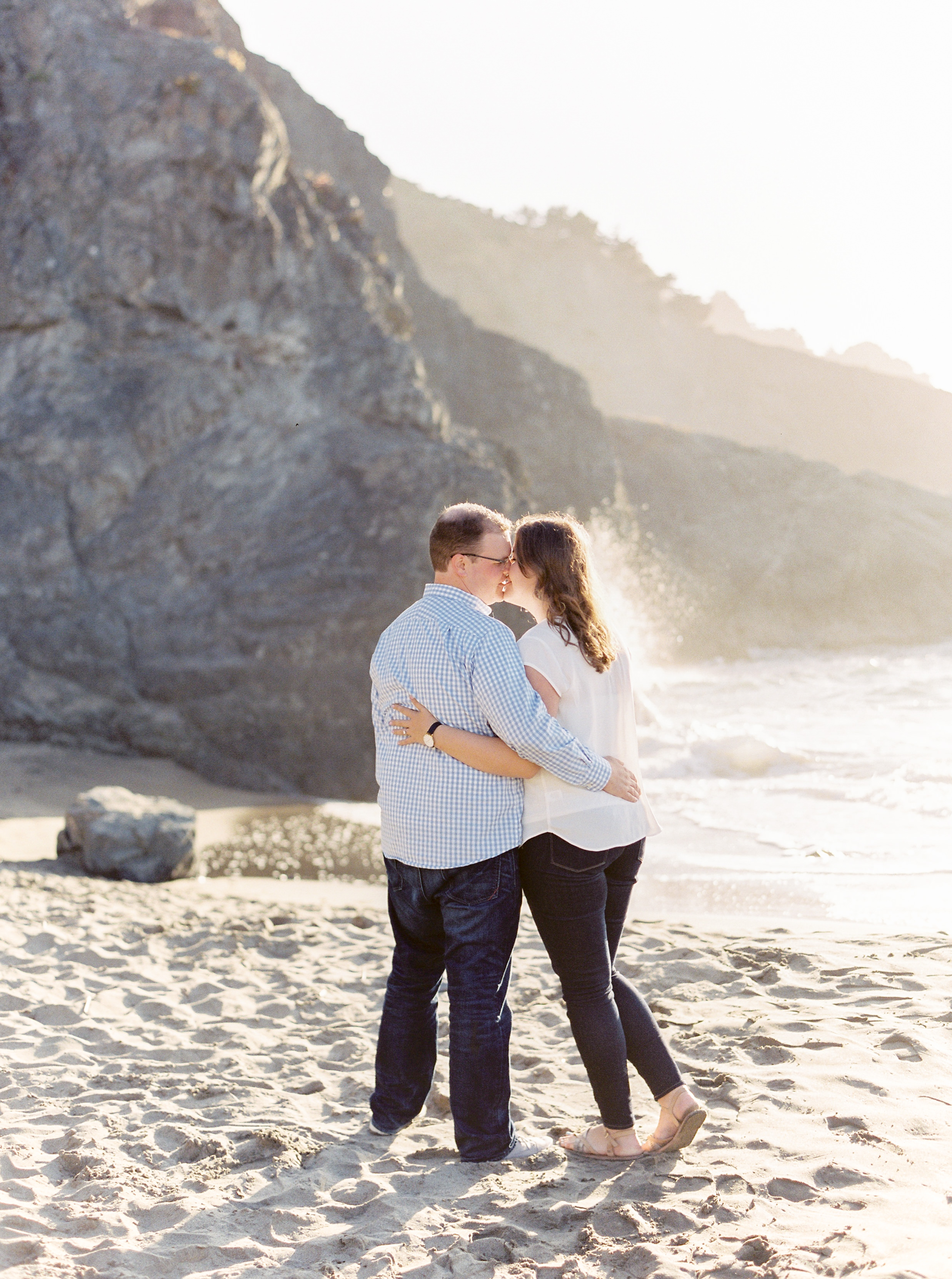China-beach-engagement-photography-46.jpg