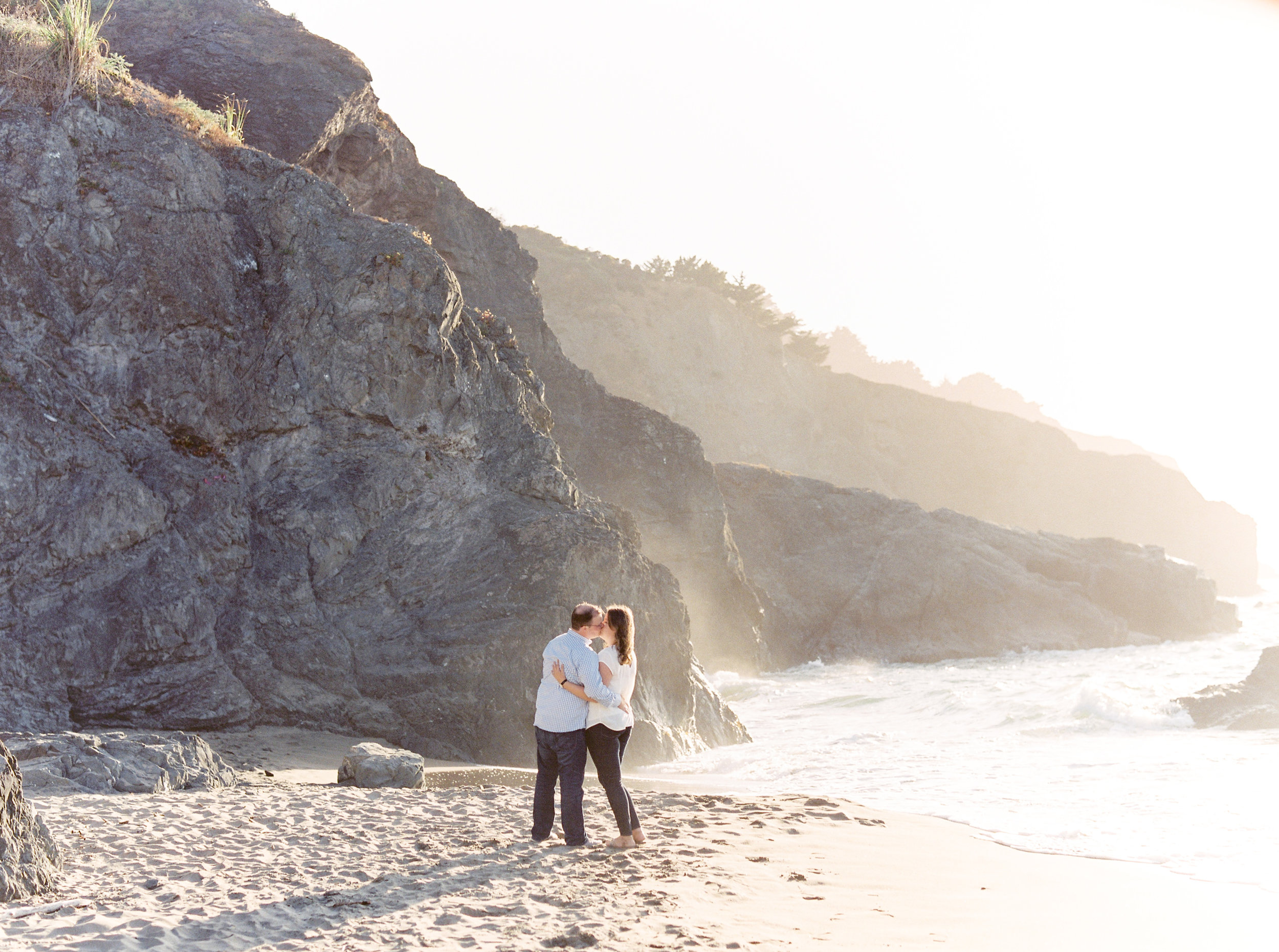 China-beach-engagement-photography-45.jpg