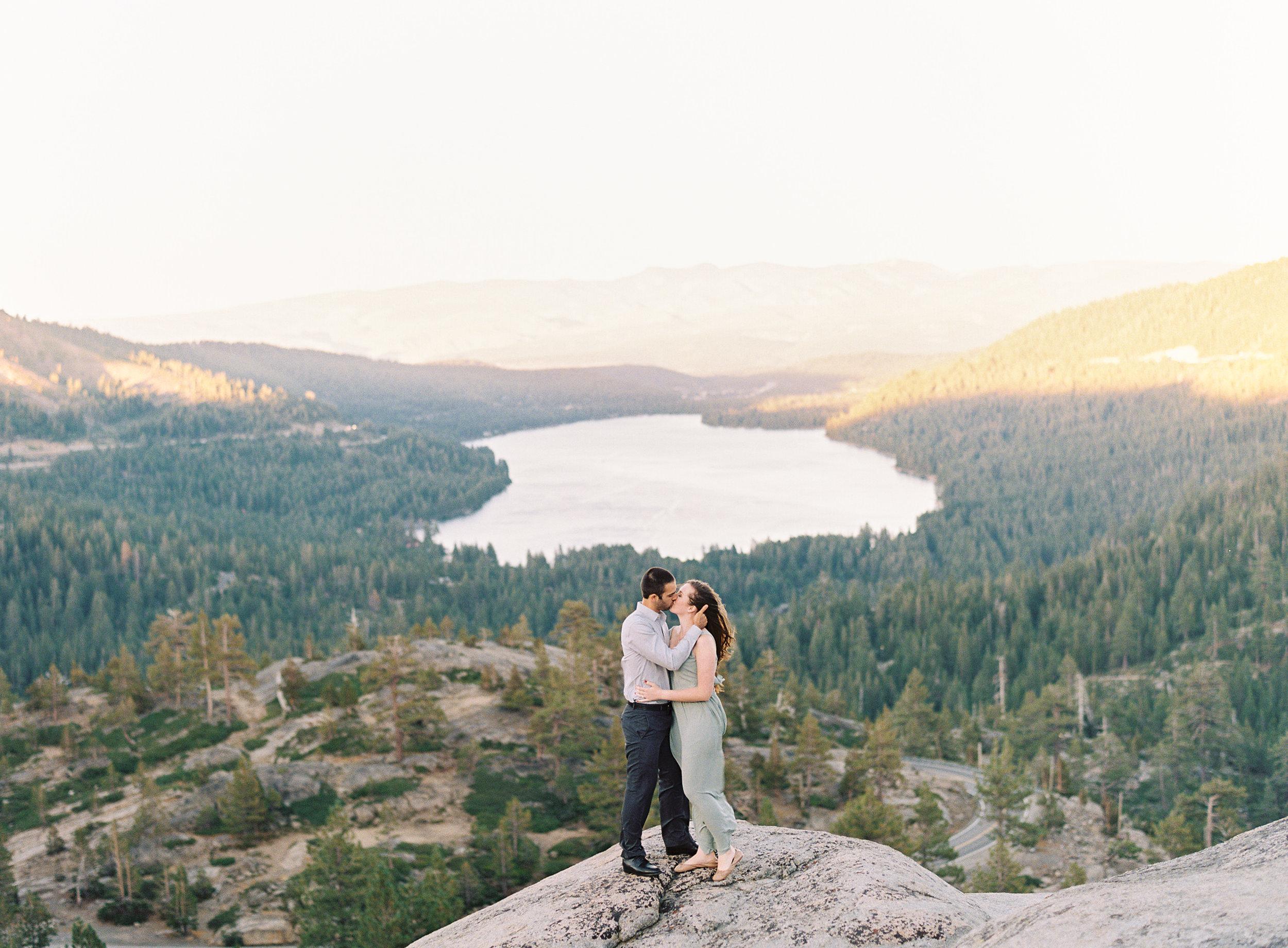 donner-lake-summit-engagement-photography-1-16.jpg