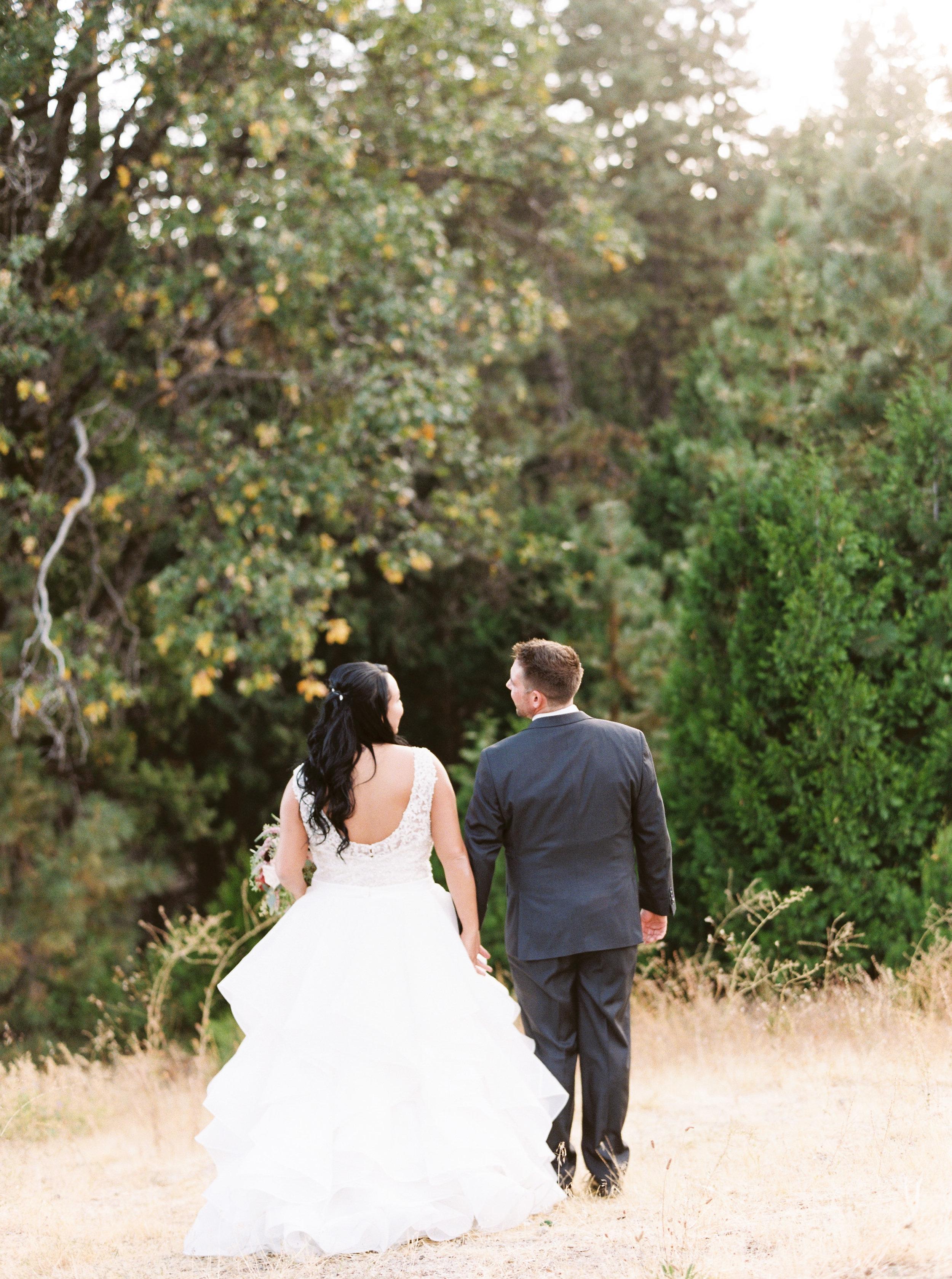 Tenaya-lodge-wedding-at-yosemite-national-park-california-13.jpg