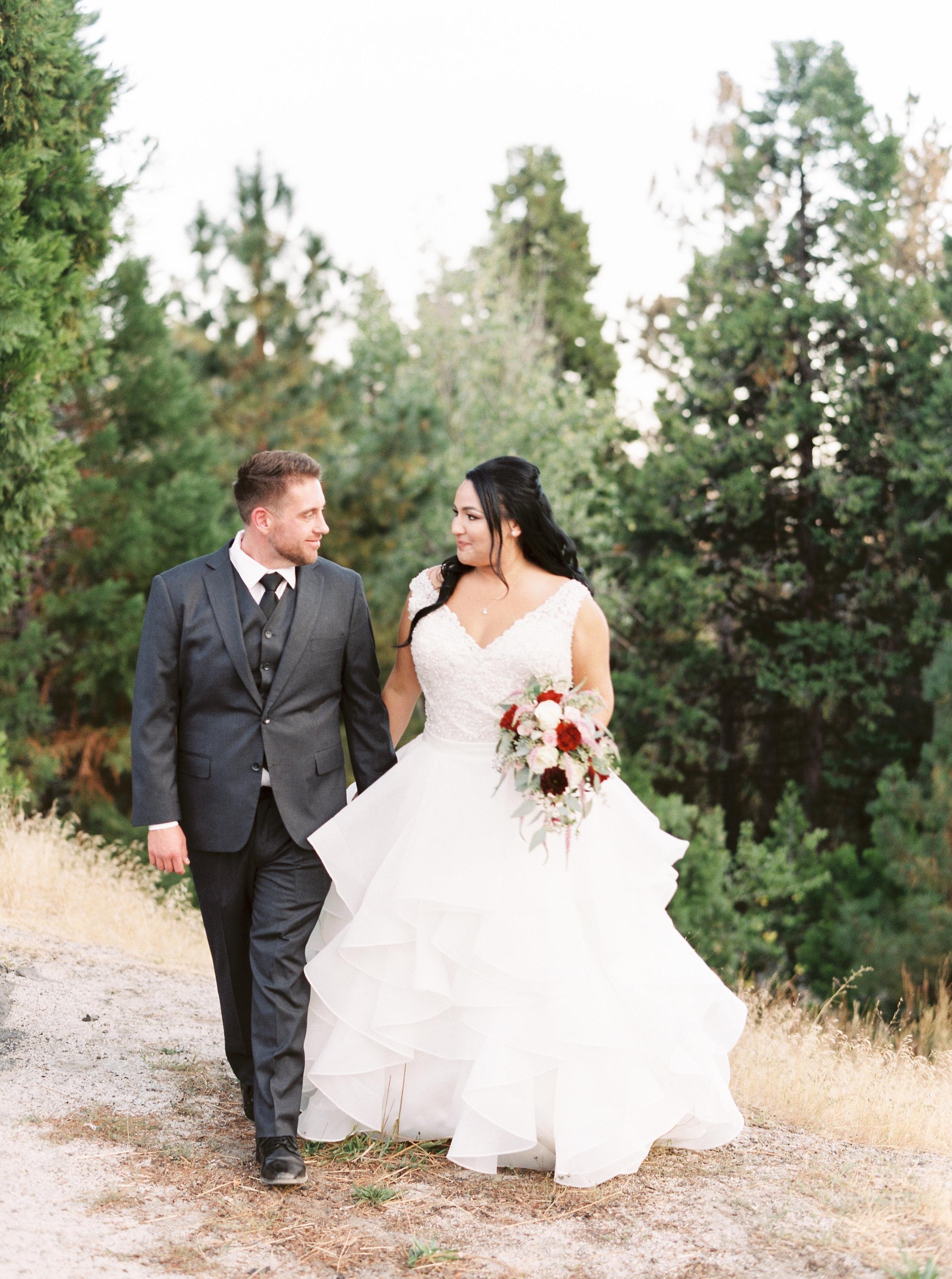 Tenaya-lodge-wedding-at-yosemite-national-park-california-14.jpg
