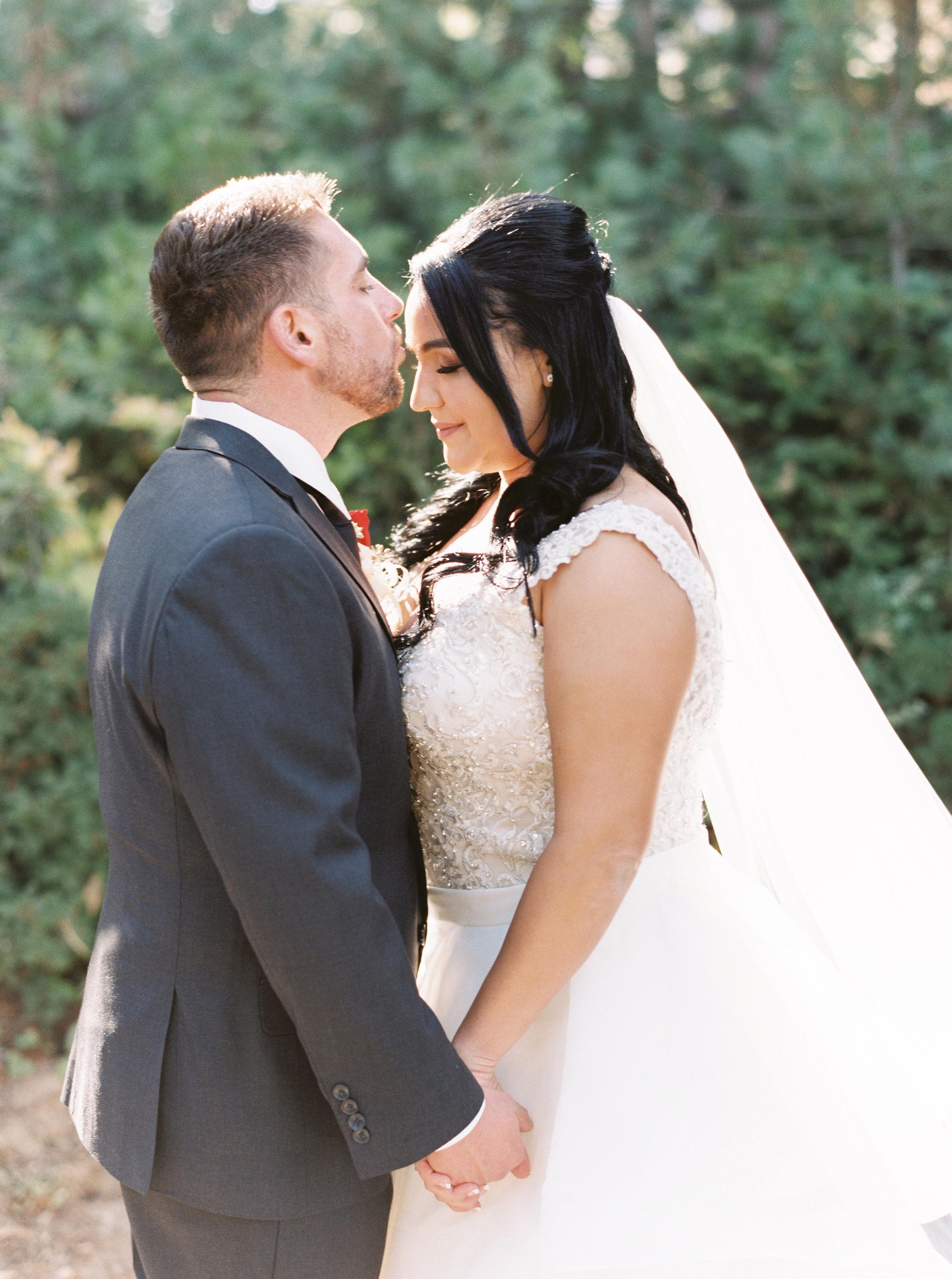 Tenaya-lodge-wedding-at-yosemite-national-park-california-37.jpg