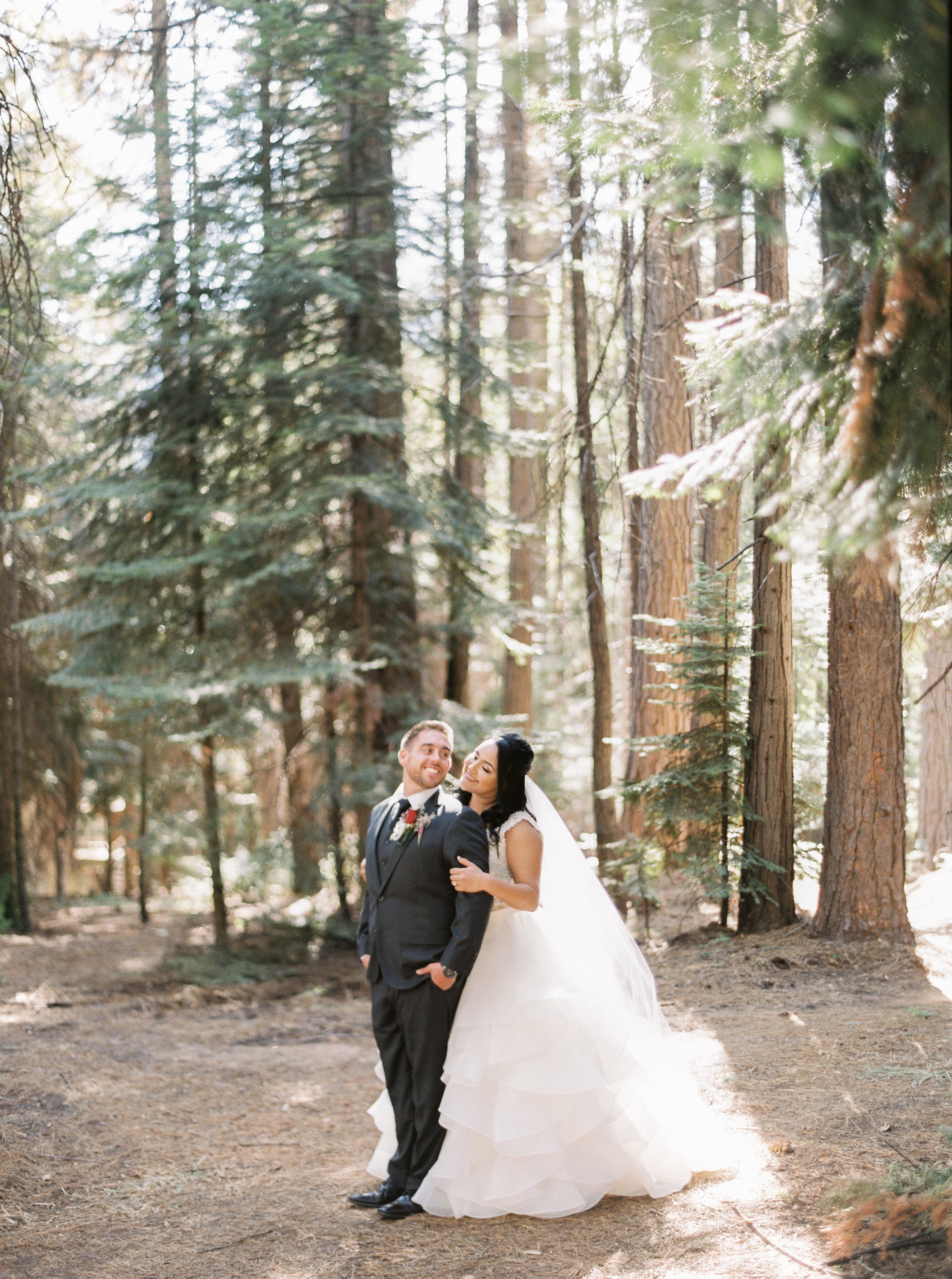 Tenaya-lodge-wedding-at-yosemite-national-park-california-39.jpg