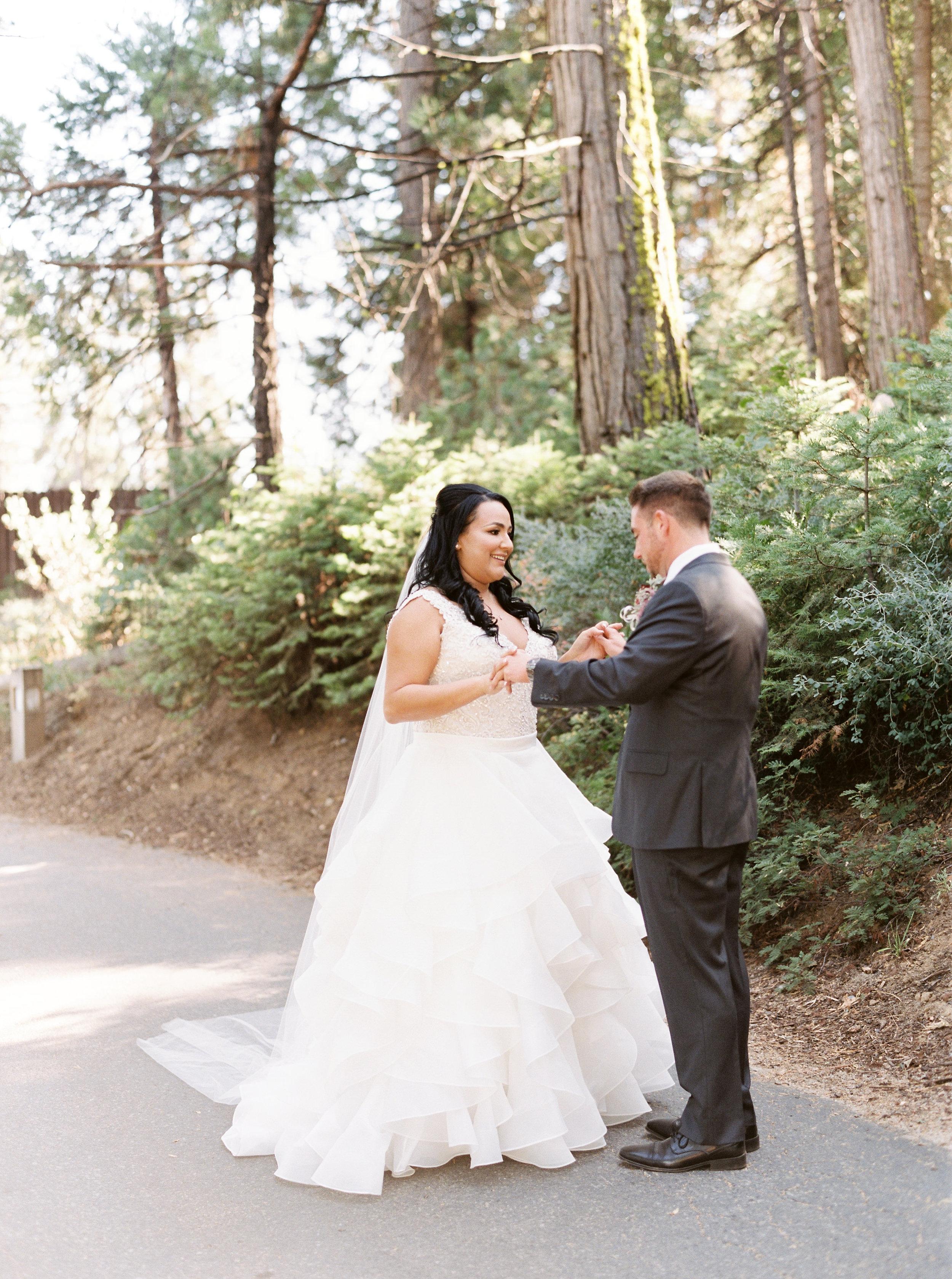 Tenaya-lodge-wedding-at-yosemite-national-park-california-64.jpg