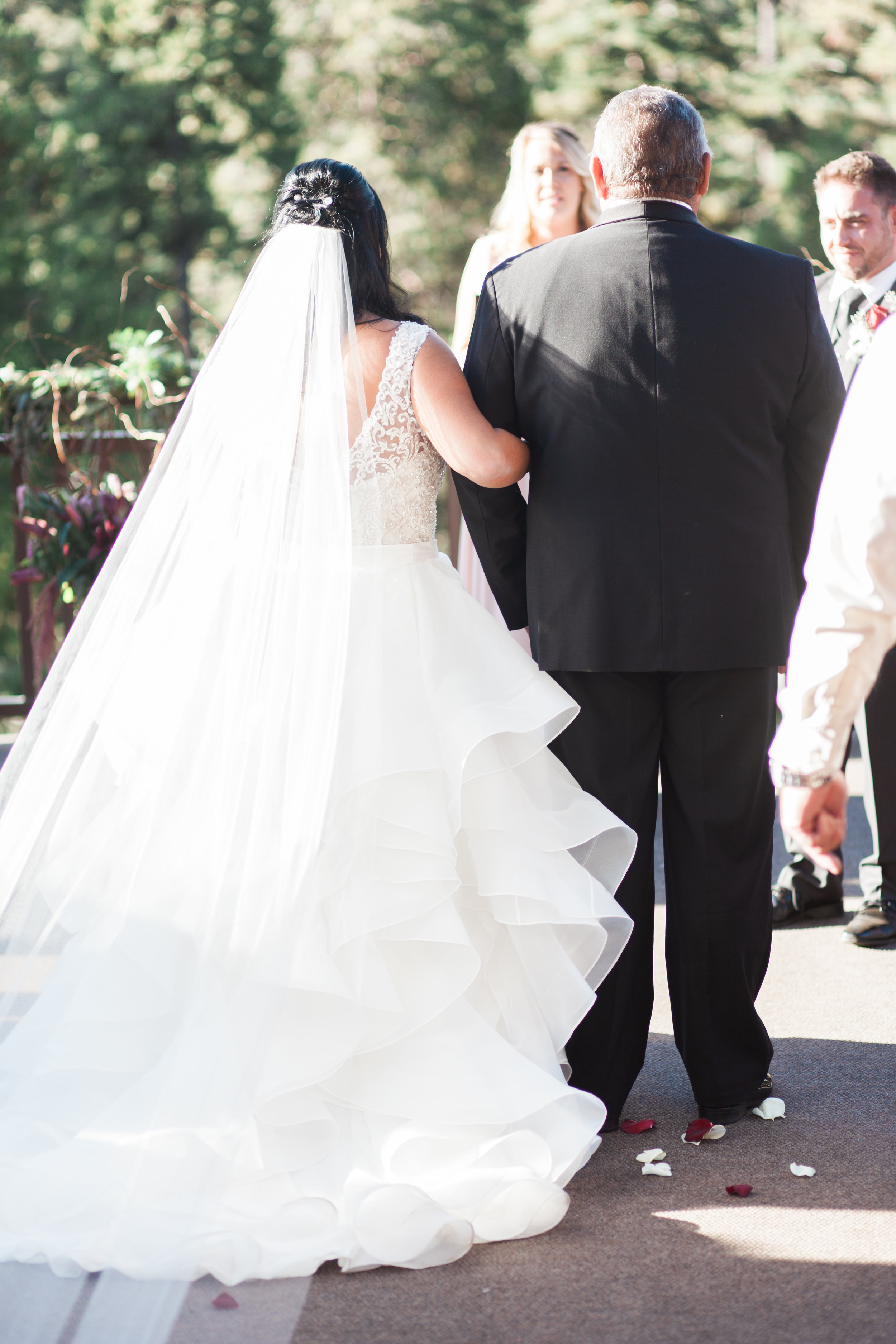 Yosemite-wedding-at-Tenaya-lodge-12.jpg