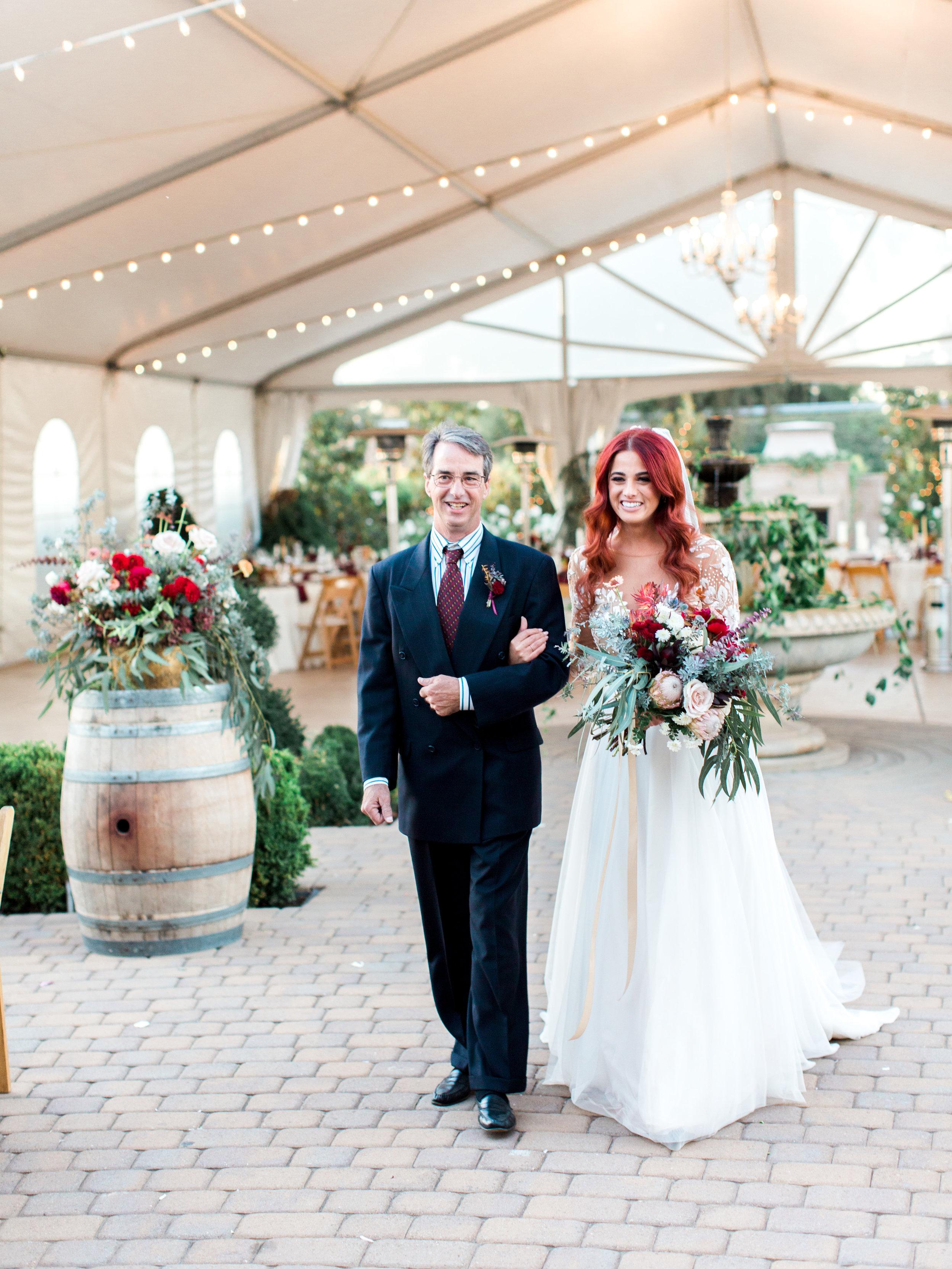 fall-inspired-wedding-at-scribner-bend-vineyards-in-sacramento-california-1-9.jpg