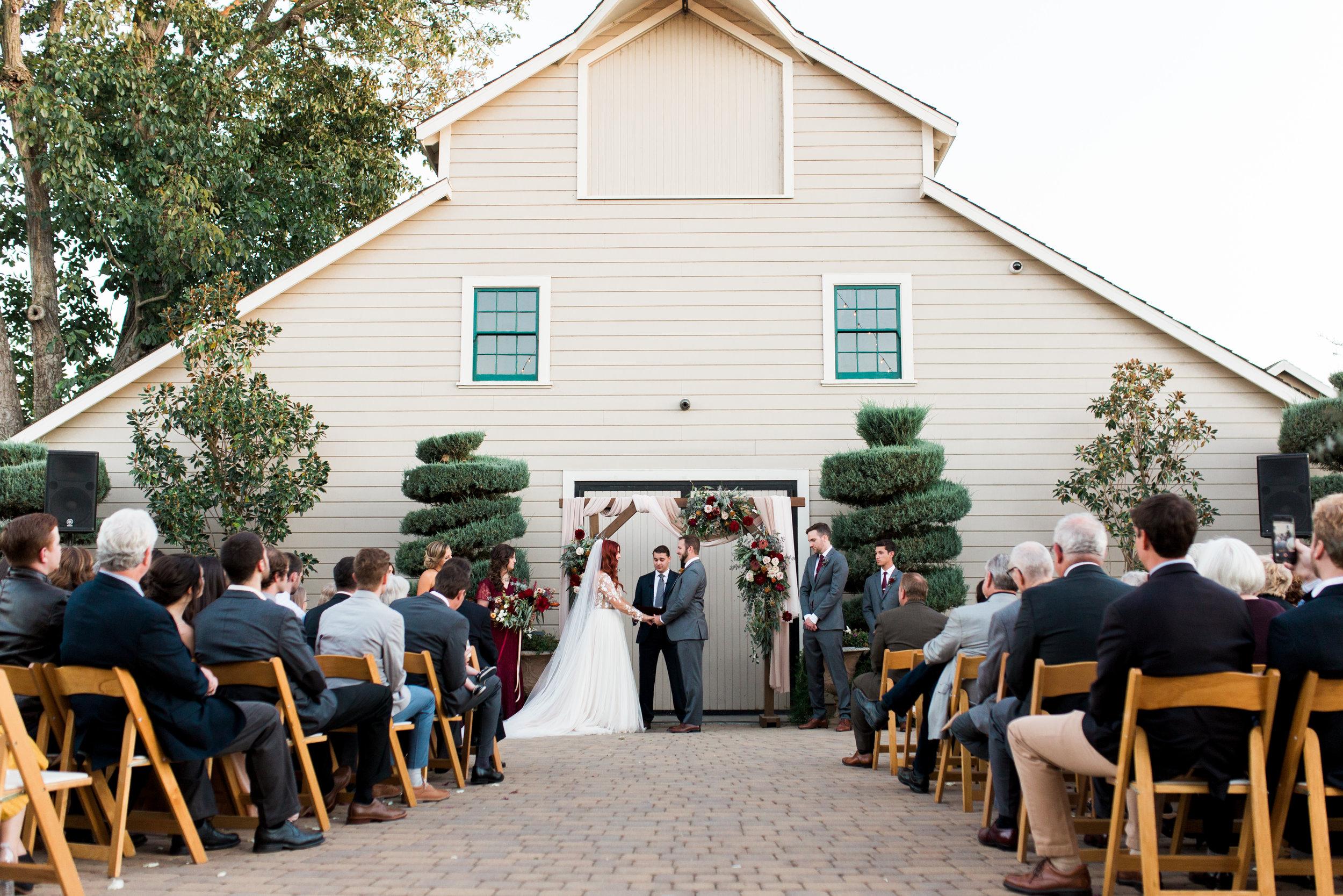 fall-inspired-wedding-at-scribner-bend-vineyards-in-sacramento-california-11.jpg