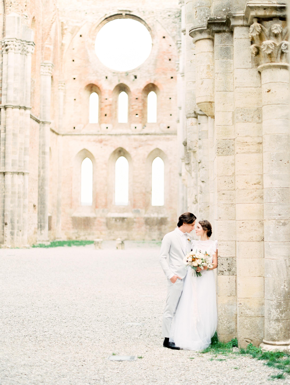 romantic-italy-wedding-in-tuscany-35.jpg