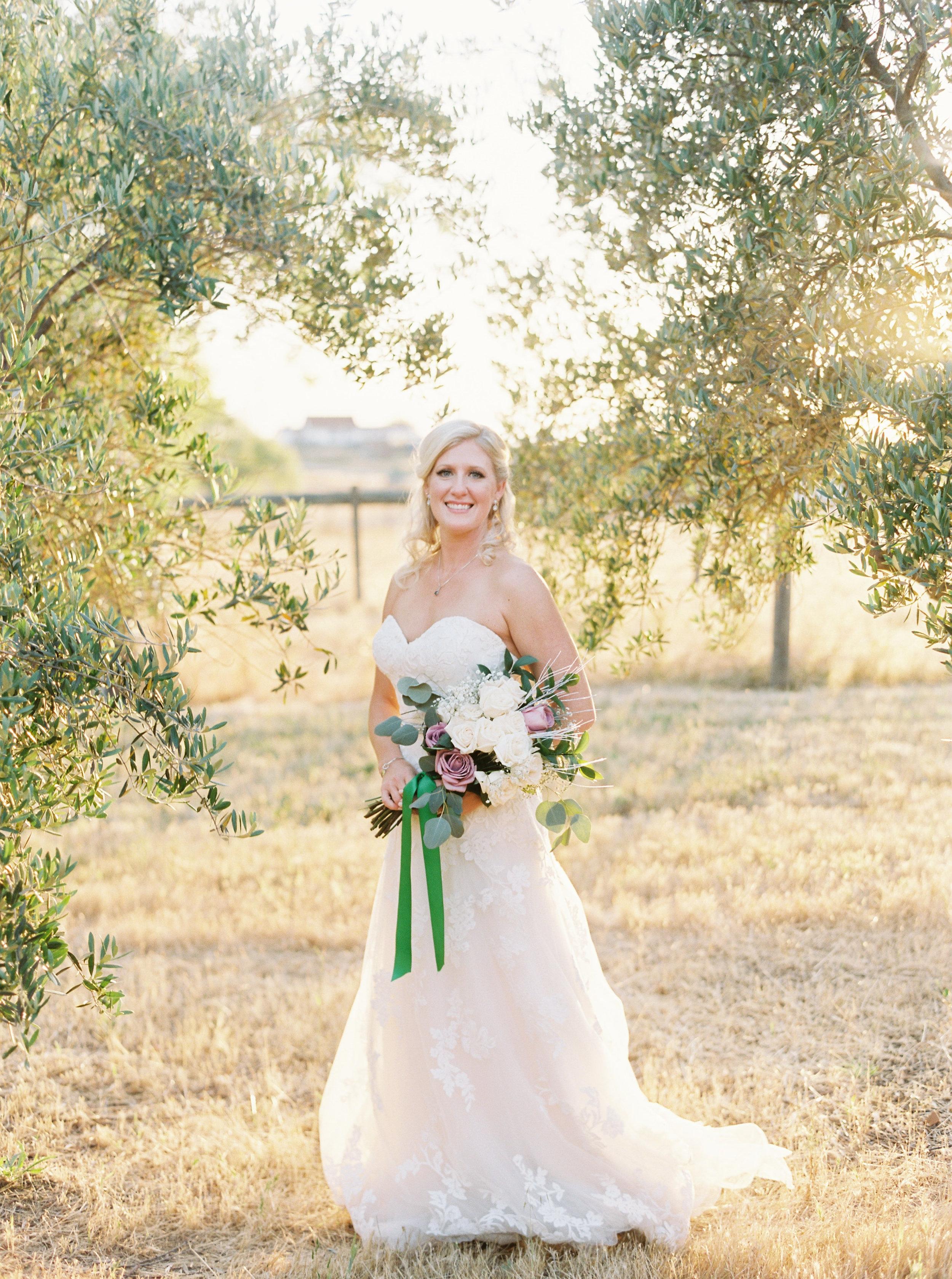 wolfe-heights-event-center-wedding-sacramento-california-wedding-28.jpg