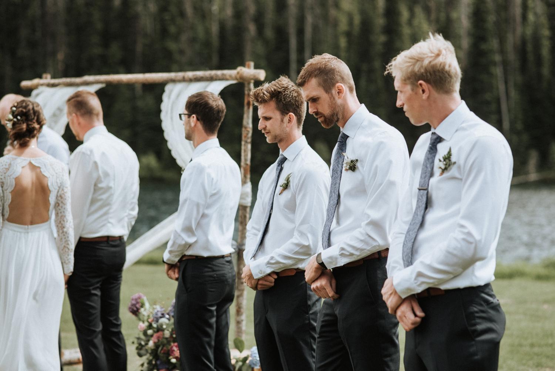 Outdoor-rustic-wedding_0050.jpg