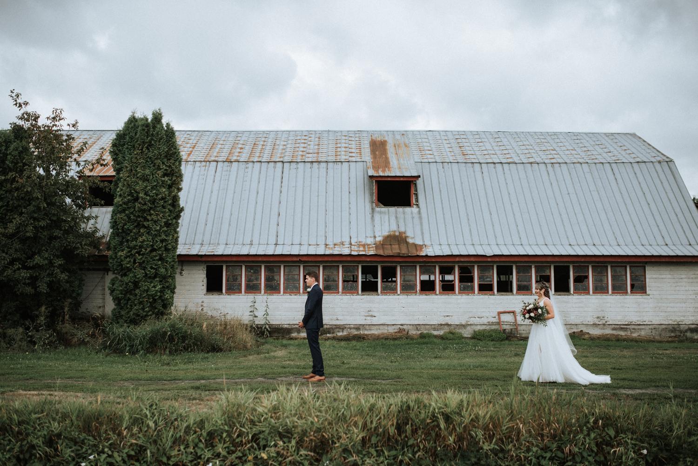 Family-Farm-Wedding