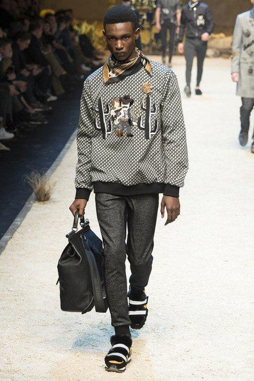 Dolce & Gabbana F/W 16 Men's Show Milan
