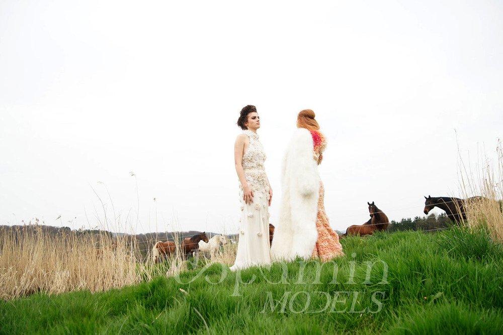 "making-of Mode-Editorial ""La Confiance"" für Dolce Vita Luxus-Magazin Kanada, Models: Zazoe & Melanie"