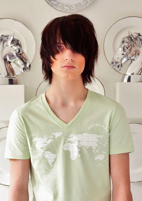 "DOPAMIN stockholm World Map T-shirt, T-Shirt mit Weltkarte, Model: Rob                      Normal    0          21          false    false    false       DE    X-NONE    X-NONE                                                                                                                                                                                                                                                                                                                                                                                                                                                                                                                                                                                                                                                                                                                                                                                                                                                                                                                                                                                                                                                                                                                                                                                                                                                                  /* Style Definitions */  table.MsoNormalTable {mso-style-name:""Normale Tabelle""; mso-tstyle-rowband-size:0; mso-tstyle-colband-size:0; mso-style-noshow:yes; mso-style-priority:99; mso-style-parent:""""; mso-padding-alt:0cm 5.4pt 0cm 5.4pt; mso-para-margin-top:0cm; mso-para-margin-right:0cm; mso-para-margin-bottom:8.0pt; mso-para-margin-left:0cm; line-height:107%; mso-pagination:widow-orphan; font-size:11.0pt; font-family:""Calibri"",sans-serif; mso-ascii-font-family:Calibri; mso-ascii-theme-font:minor-latin; mso-hansi-font-family:Calibri; mso-hansi-theme-font:minor-latin; mso-bidi-font-family:""Times Ne"