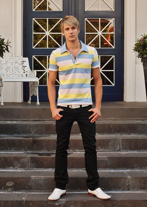 "DOPAMIN berlin pink/yellow/baby-blue striped polo shirt, rosa/gelb/babyblau-gestreiftes Polohemd, Model: James                      Normal    0          21          false    false    false       DE    X-NONE    X-NONE                                                                                                                                                                                                                                                                                                                                                                                                                                                                                                                                                                                                                                                                                                                                                                                                                                                                                                                                                                                                                                                                                                                                                                                                                                                                  /* Style Definitions */  table.MsoNormalTable {mso-style-name:""Normale Tabelle""; mso-tstyle-rowband-size:0; mso-tstyle-colband-size:0; mso-style-noshow:yes; mso-style-priority:99; mso-style-parent:""""; mso-padding-alt:0cm 5.4pt 0cm 5.4pt; mso-para-margin-top:0cm; mso-para-margin-right:0cm; mso-para-margin-bottom:8.0pt; mso-para-margin-left:0cm; line-height:107%; mso-pagination:widow-orphan; font-size:11.0pt; font-family:""Calibri"",sans-serif; mso-ascii-font-family:Calibri; mso-ascii-theme-font:minor-latin; mso-hansi-font-family:Calibri; mso-hansi-theme-font:min"