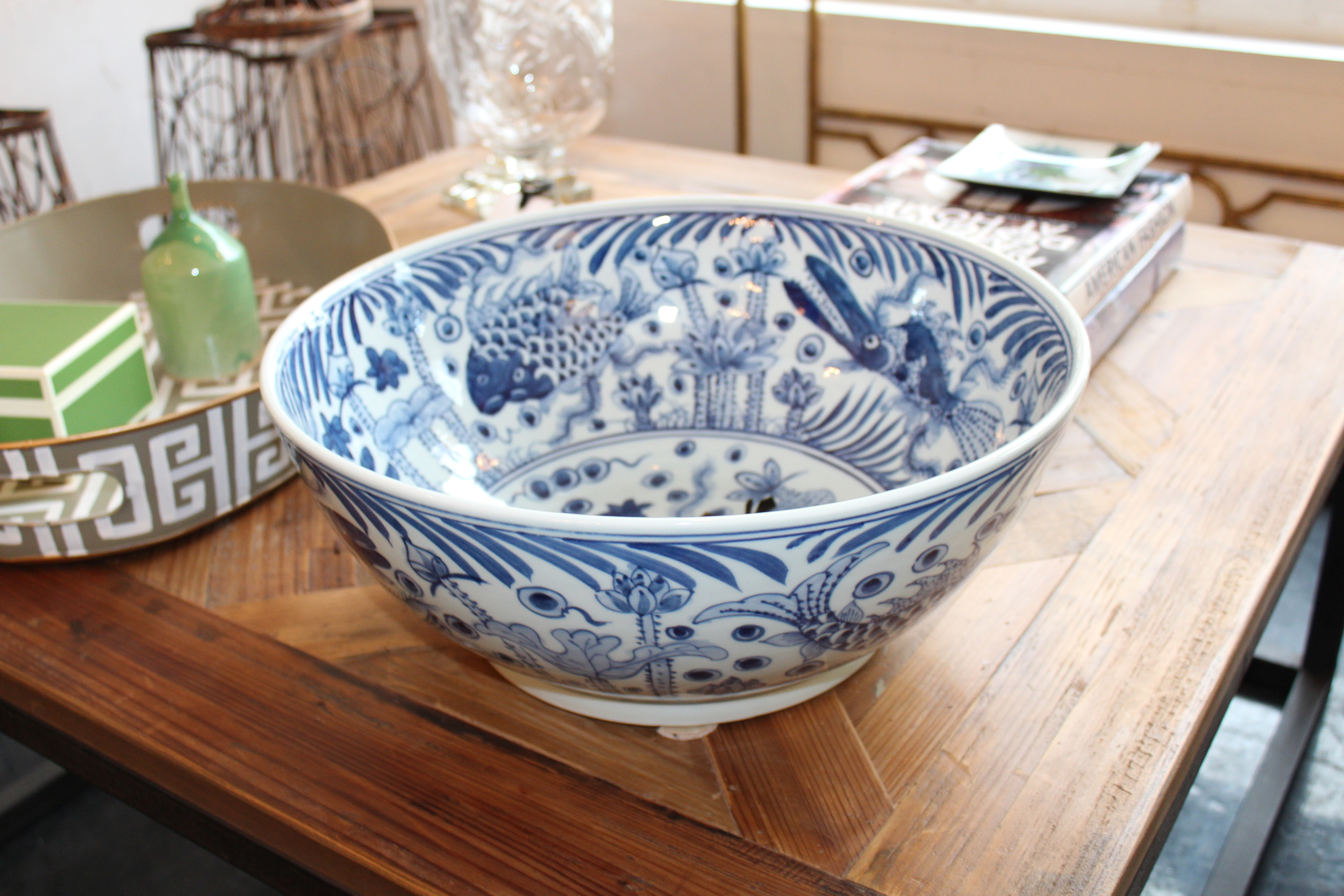 BLUE AND WHITE FISH BUDDA BOWL