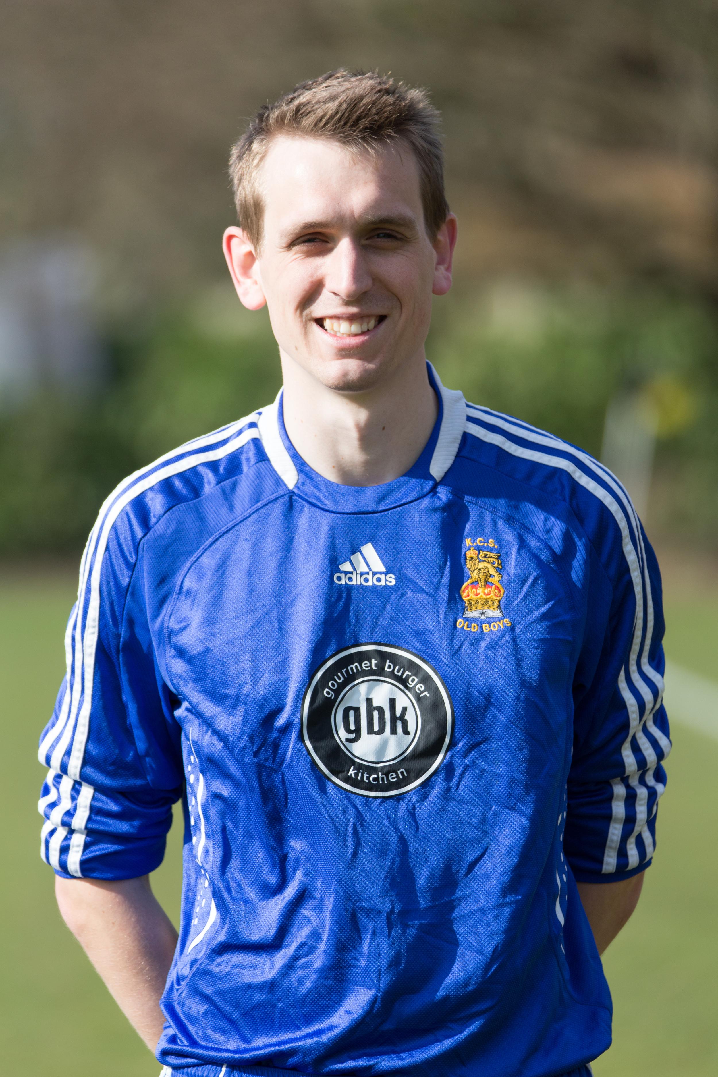 Rob MacDonald, Centre Back
