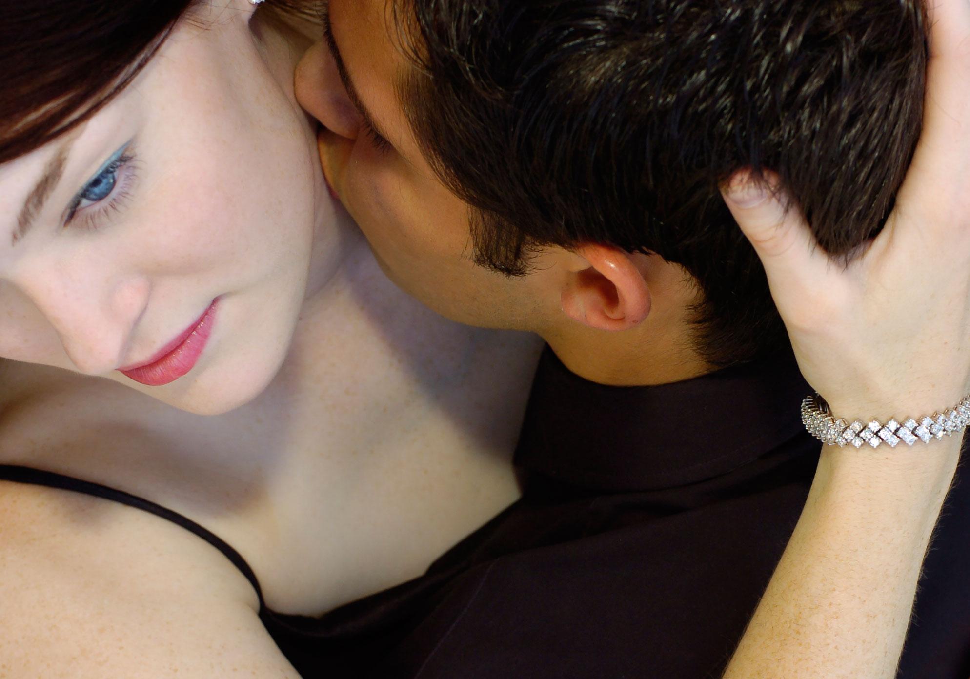 Portrait-kiss.jpg