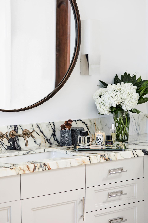 Paonazetta marble. Just. So. Damn. Gorgeous.