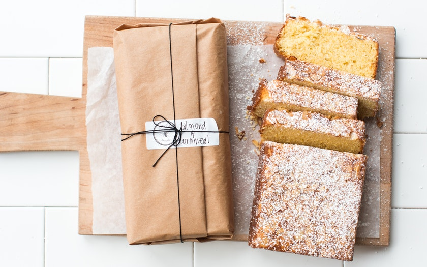 Almond-Cornmeal Loaf Cake