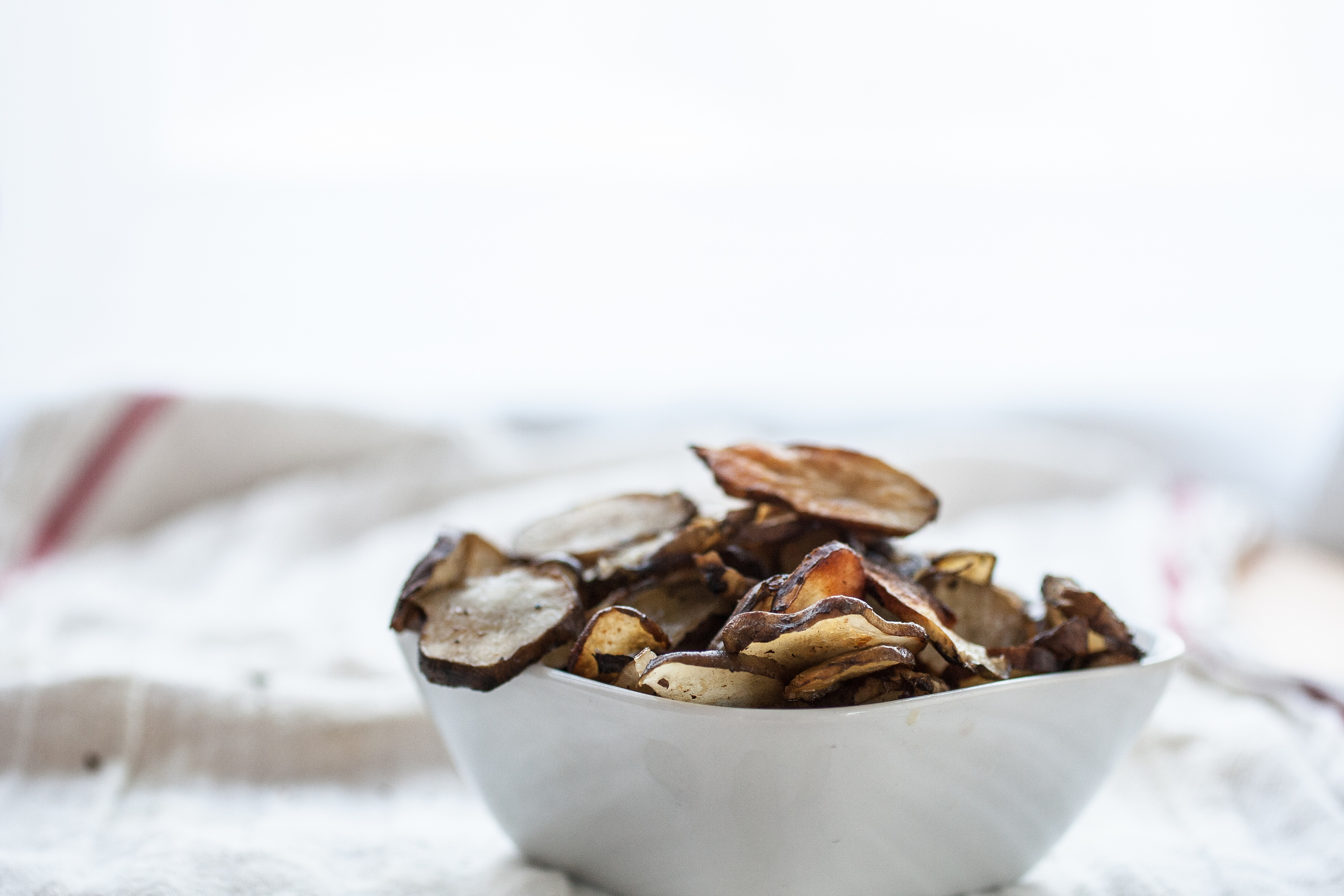 Produce On Parade - Nutmeg Scented Roasted Sunchokes - These nutty sunchokes are toasted in olive oil and simply sprinkled with salt. Laced with fresh nutmeg for hint of sweetness and warmth, they're a perfect healthy winter snack.